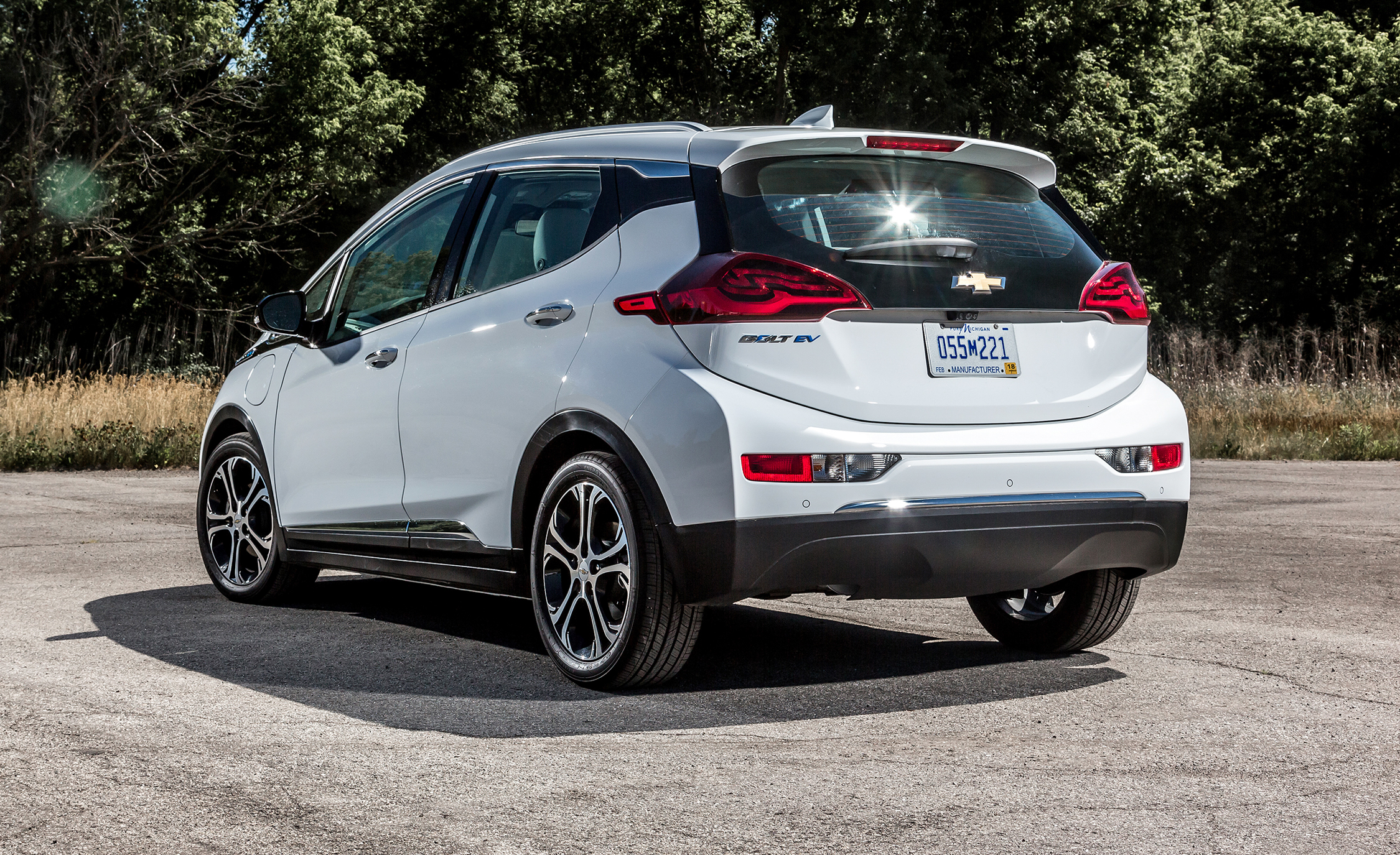 2017 Chevrolet Bolt Ev Exterior Rear (View 9 of 12)