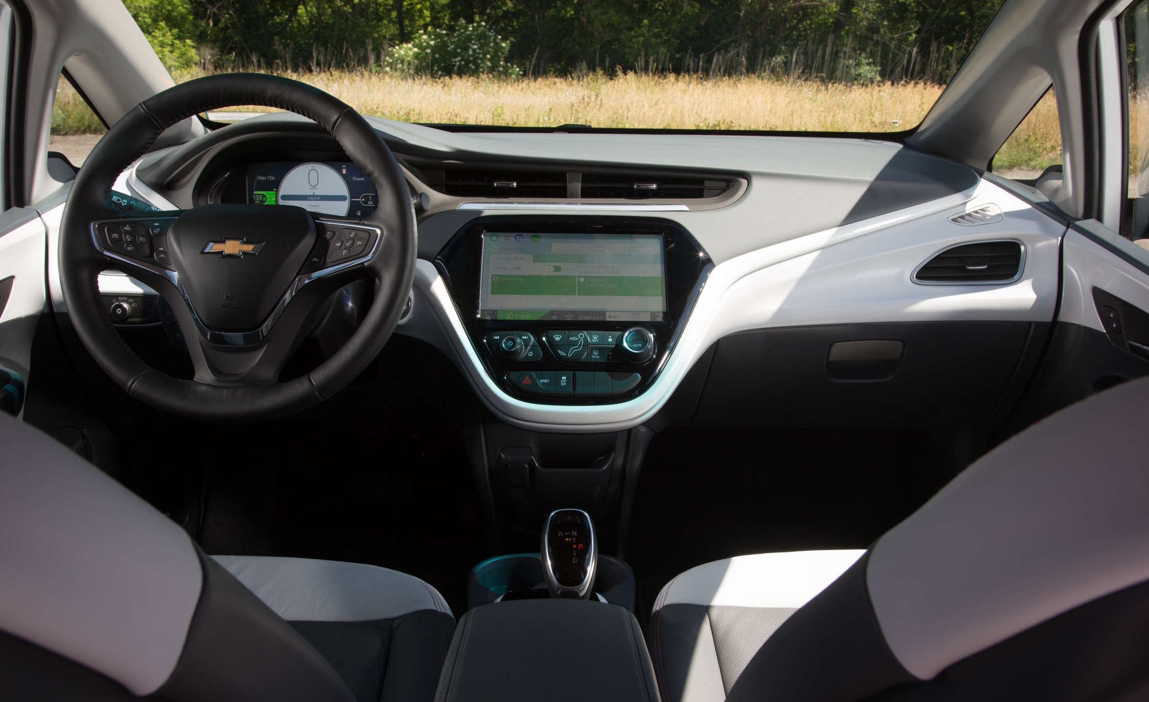 2017 Chevrolet Bolt Ev Interior Dashboard (View 7 of 12)