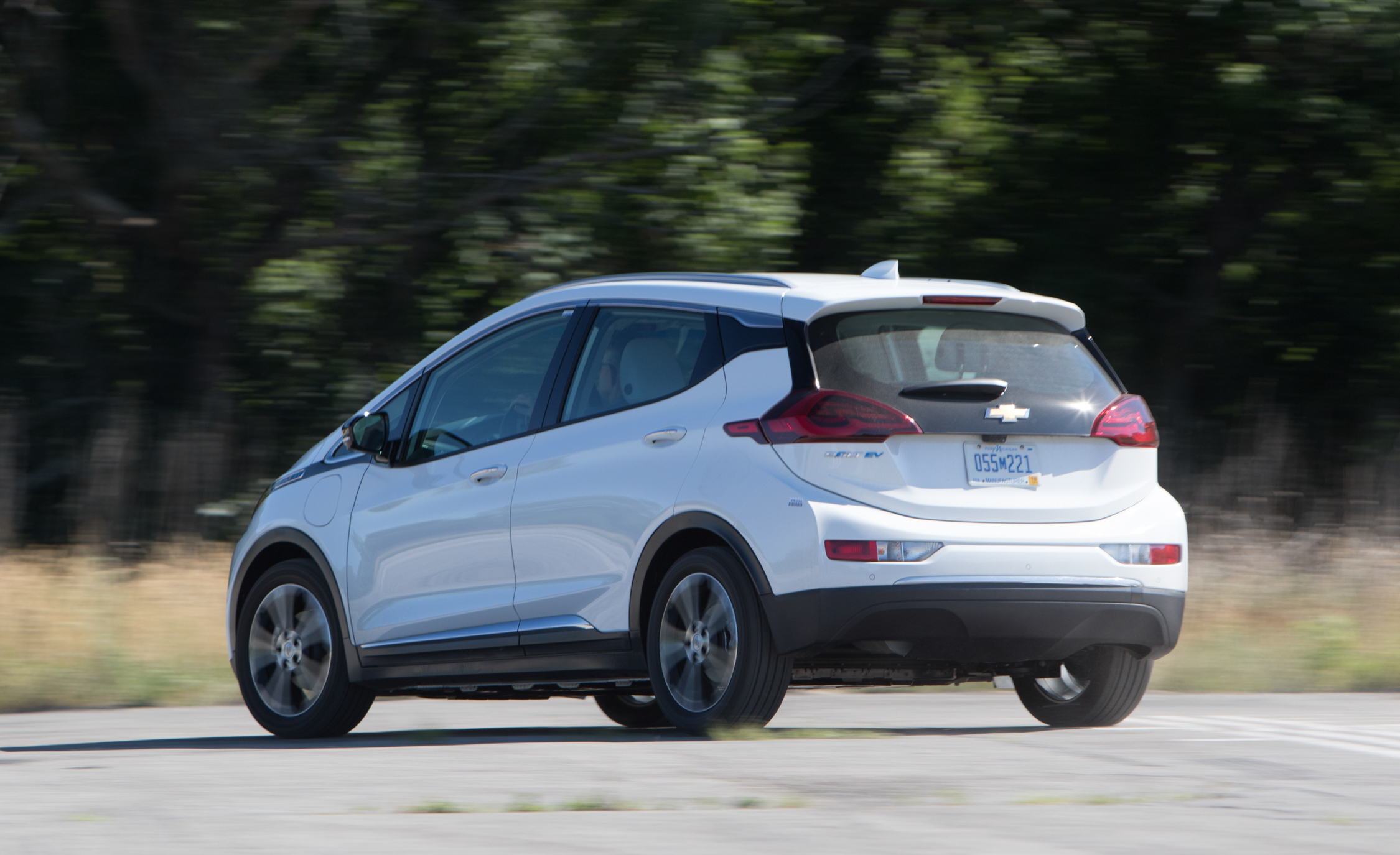 2017 Chevrolet Bolt Ev Test Drive Rear Side (View 4 of 12)