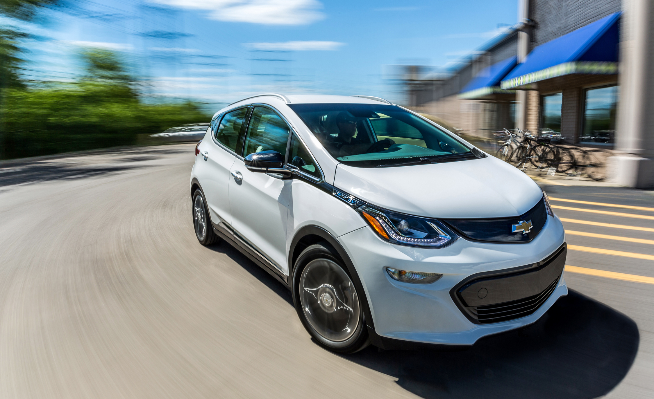 2017 Chevrolet Bolt Ev (Photo 1 of 12)