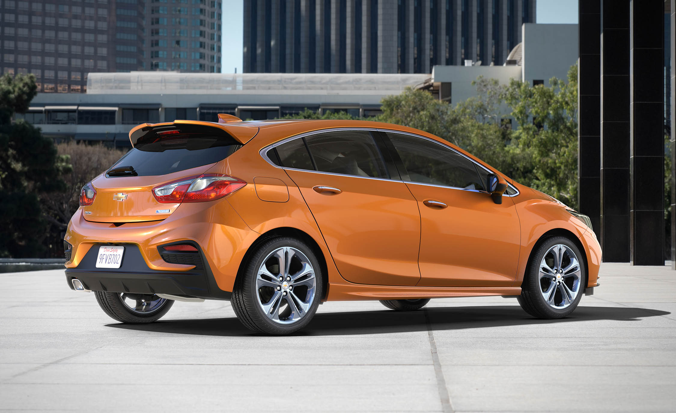 2017 Chevrolet Cruze Hatchback (View 3 of 9)