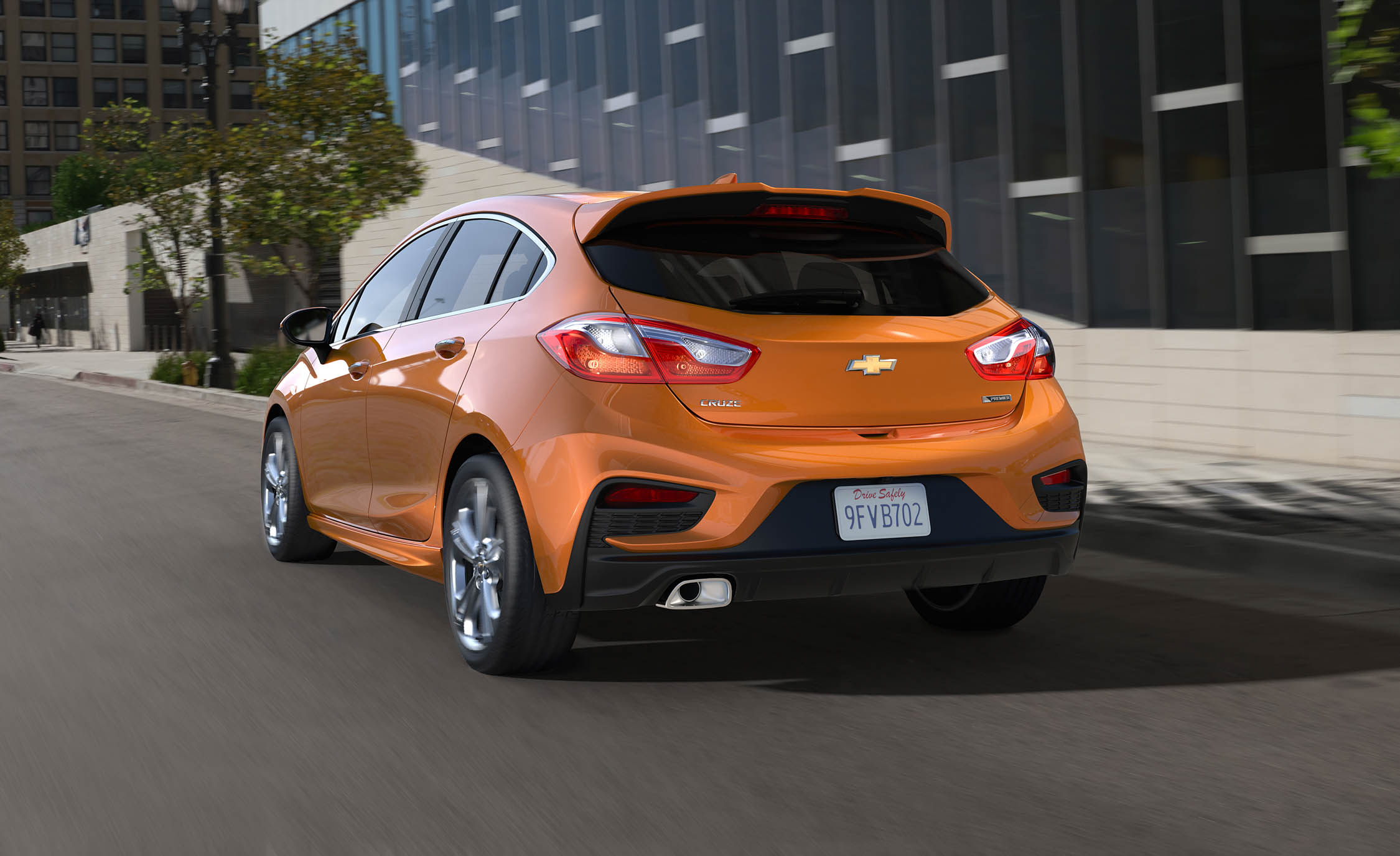 2017 Chevrolet Cruze Hatchback (View 5 of 9)
