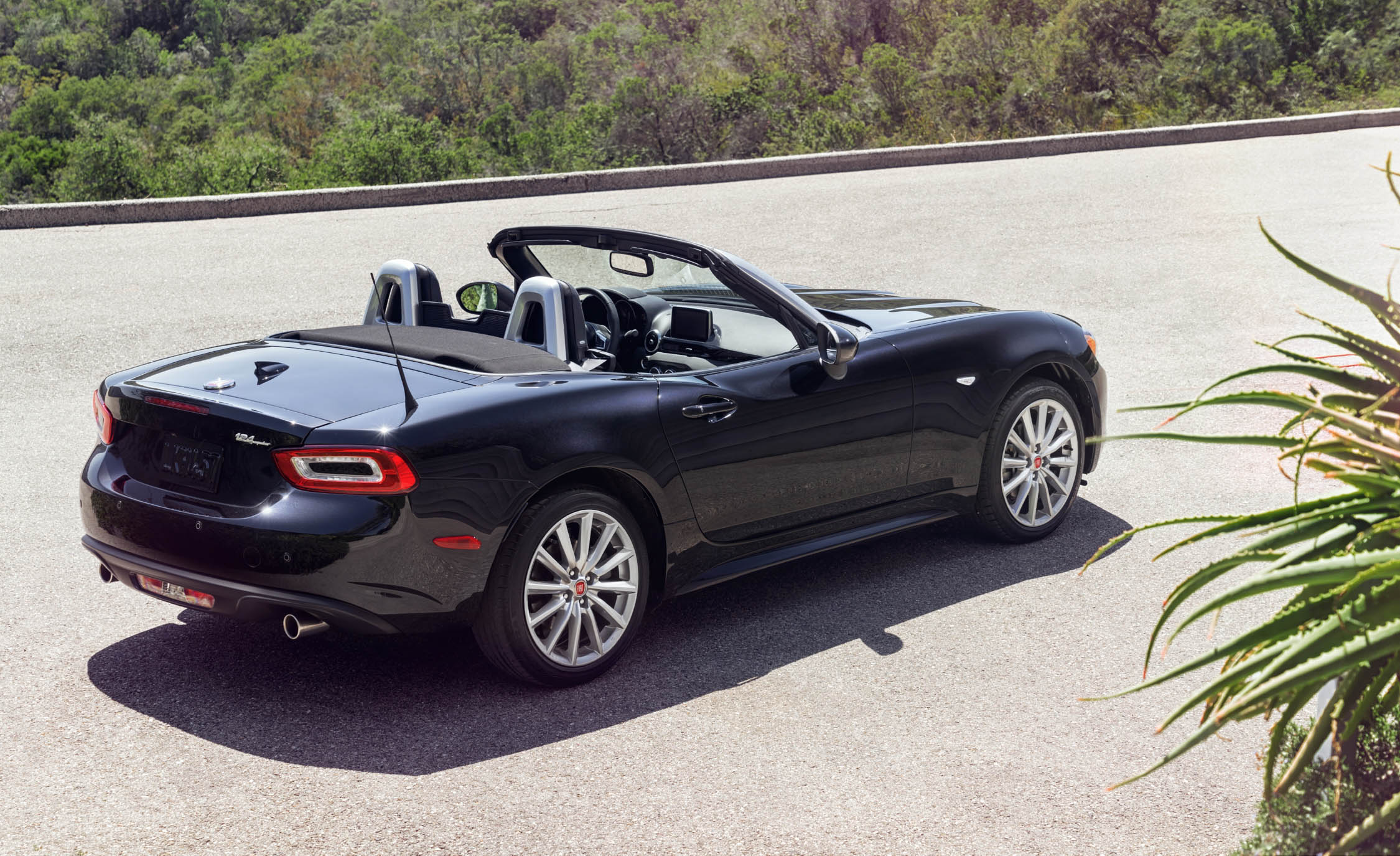 2017 Fiat 124 Spider Black Exterior Preview (View 16 of 23)