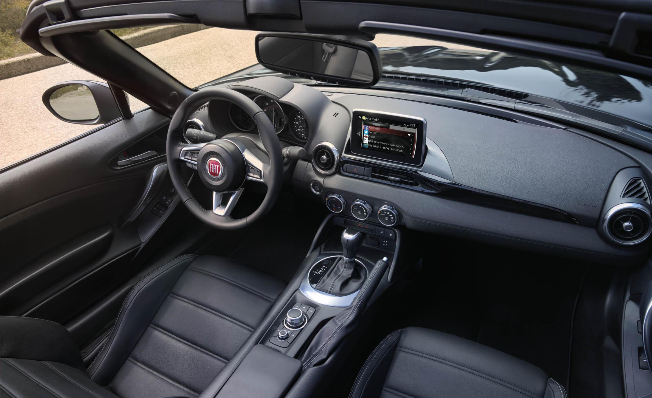 2017 Fiat 124 Spider Dashboard Interior (Photo 10 of 23)