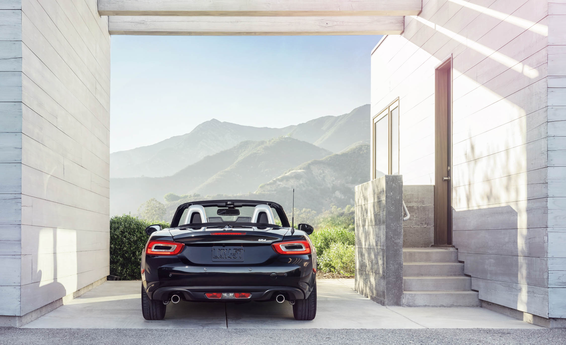 2017 Fiat 124 Spider Rear End Design (View 11 of 23)