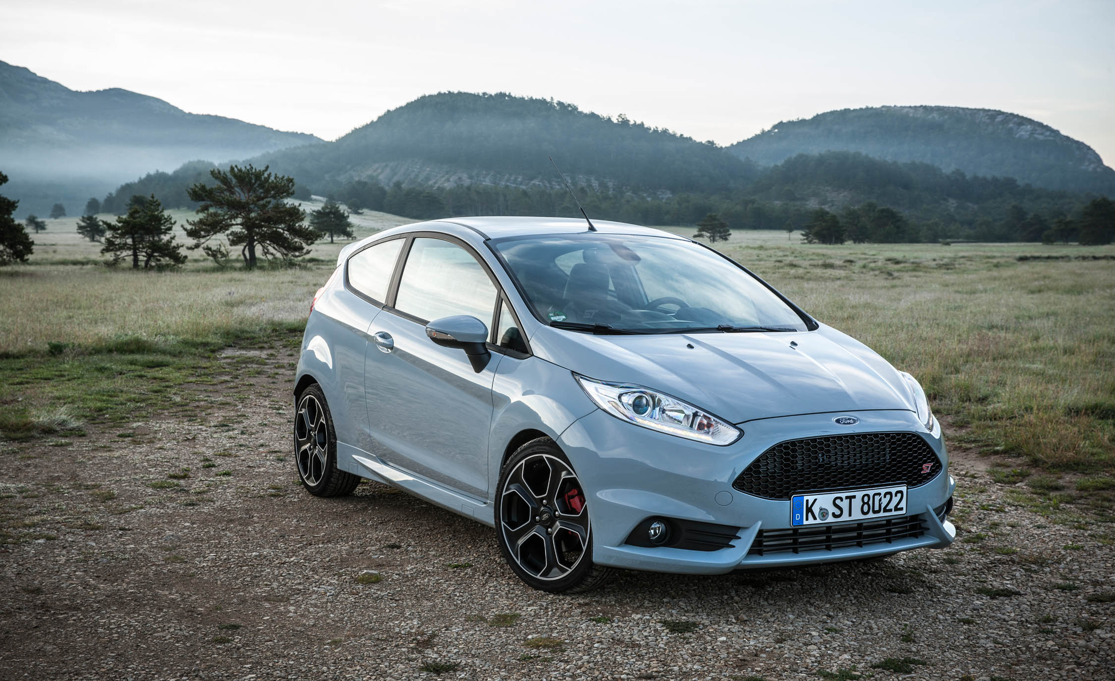 2017 Ford Fiesta ST (Photo 18 of 25)