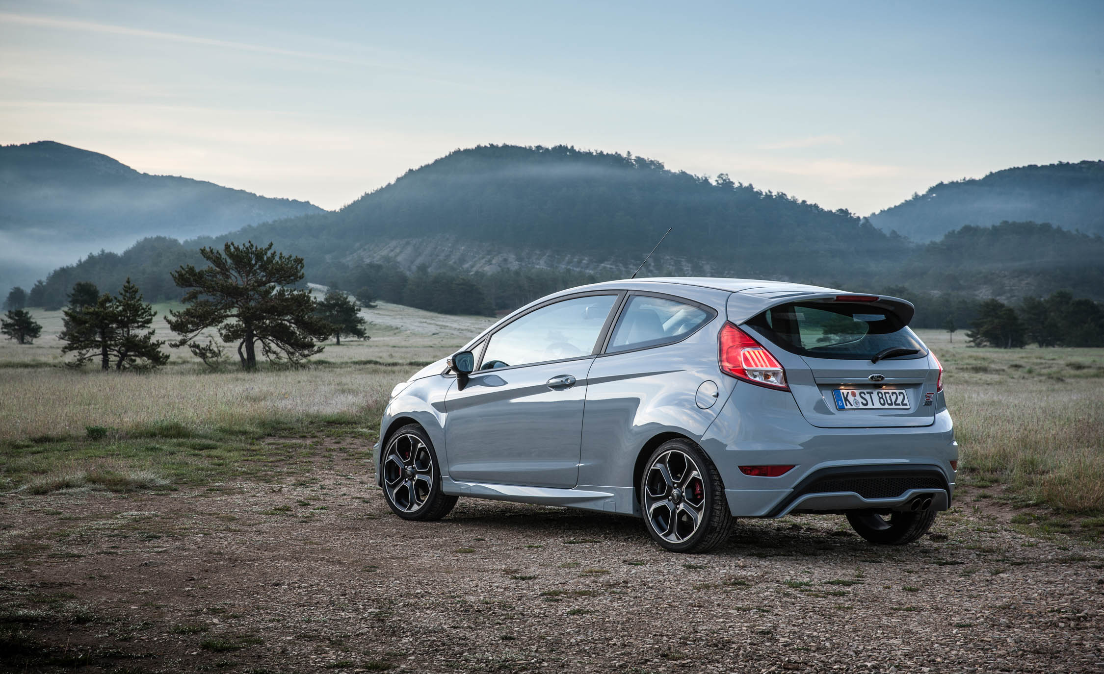 2017 Ford Fiesta ST (Photo 19 of 25)