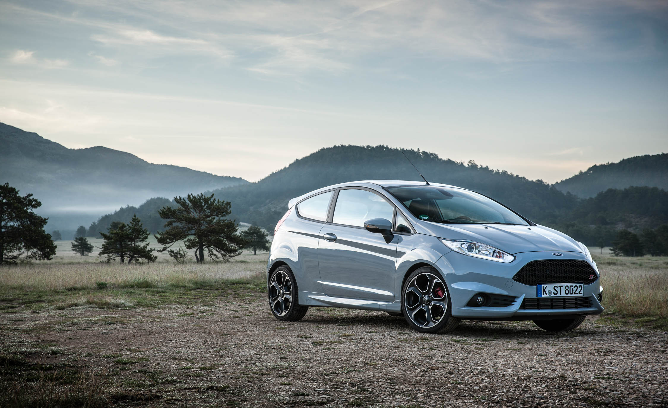 2017 Ford Fiesta ST (Photo 17 of 25)