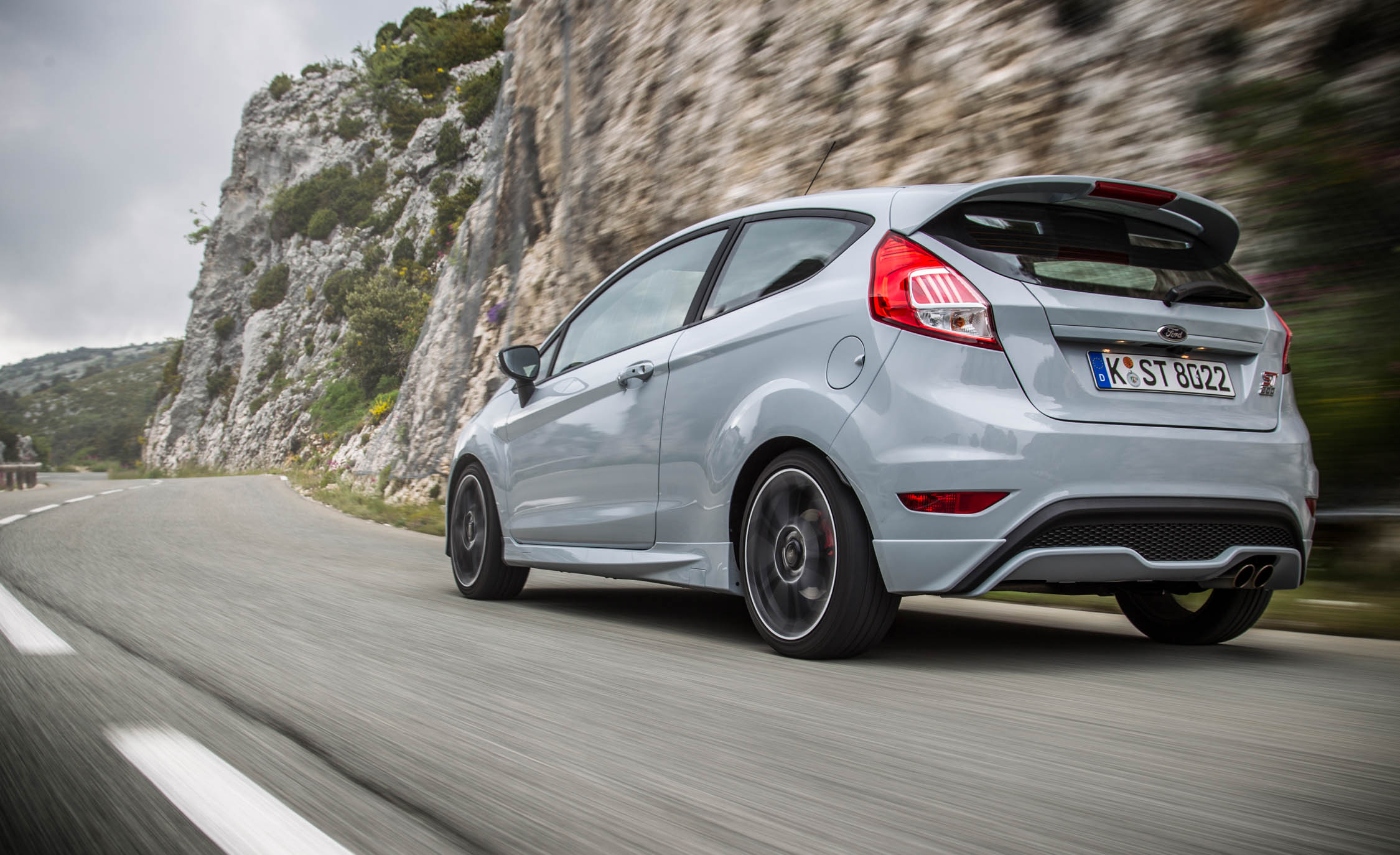 2017 Ford Fiesta ST (Photo 11 of 25)