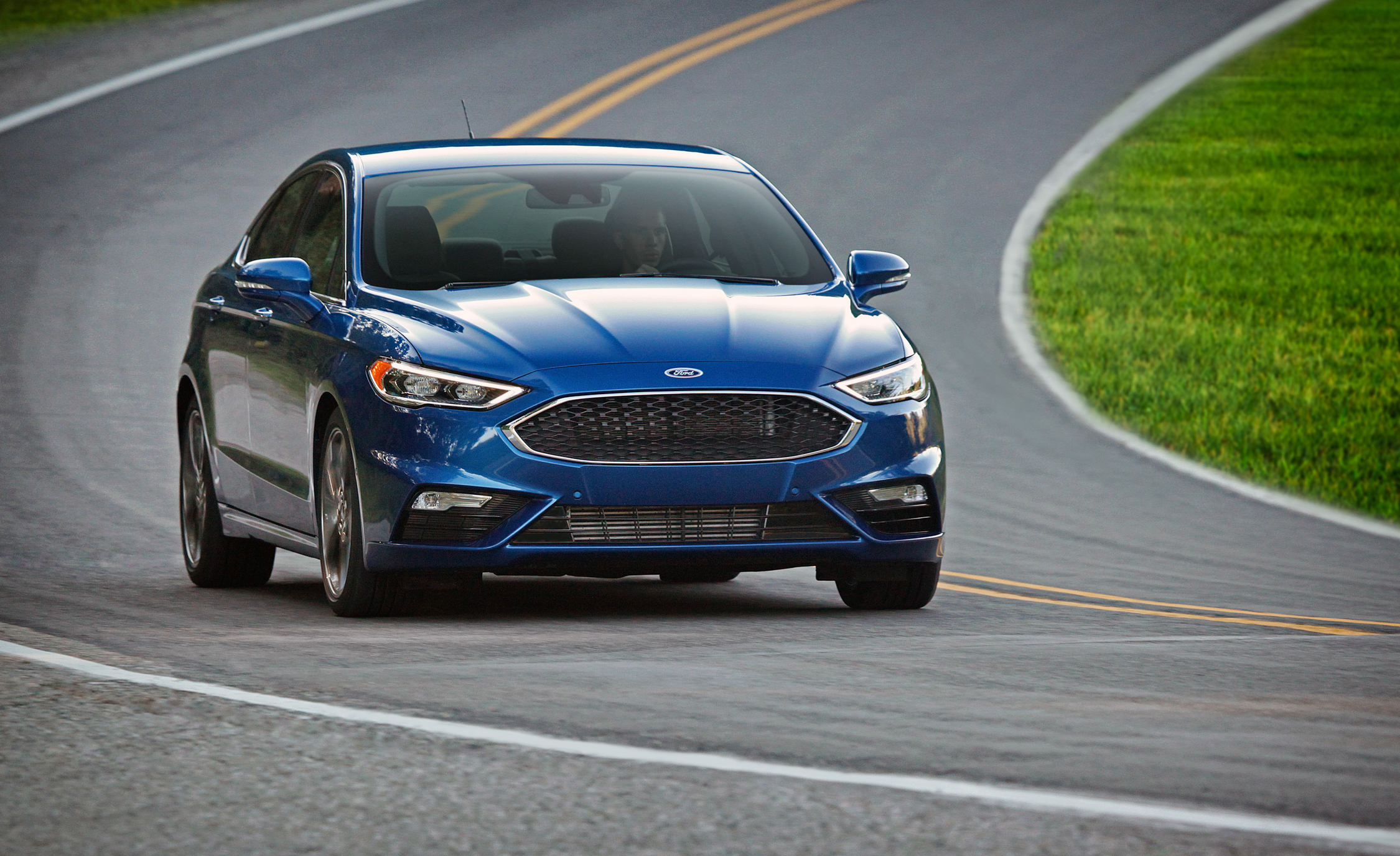 2017 Ford Fusion Sport (Photo 9 of 23)