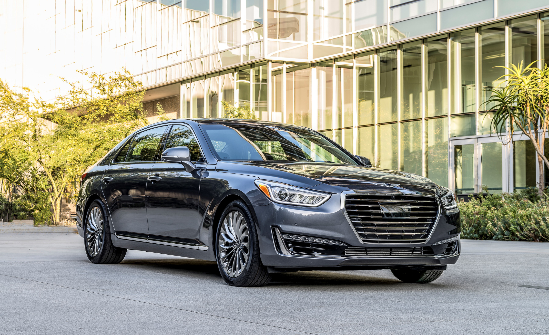 2017 Genesis G90 Exterior Front And Side (Photo 4 of 19)