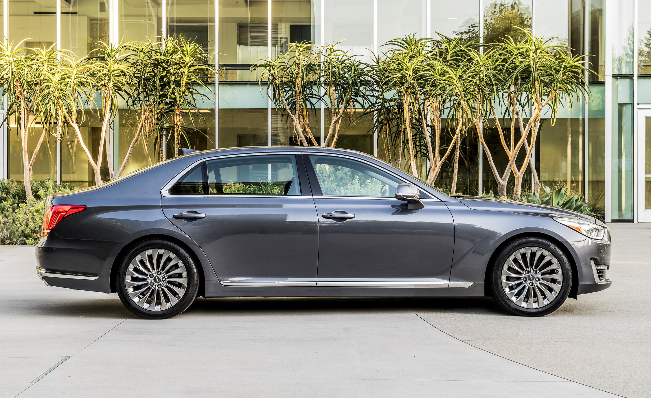 2017 Genesis G90 Exterior Side View (Photo 10 of 19)