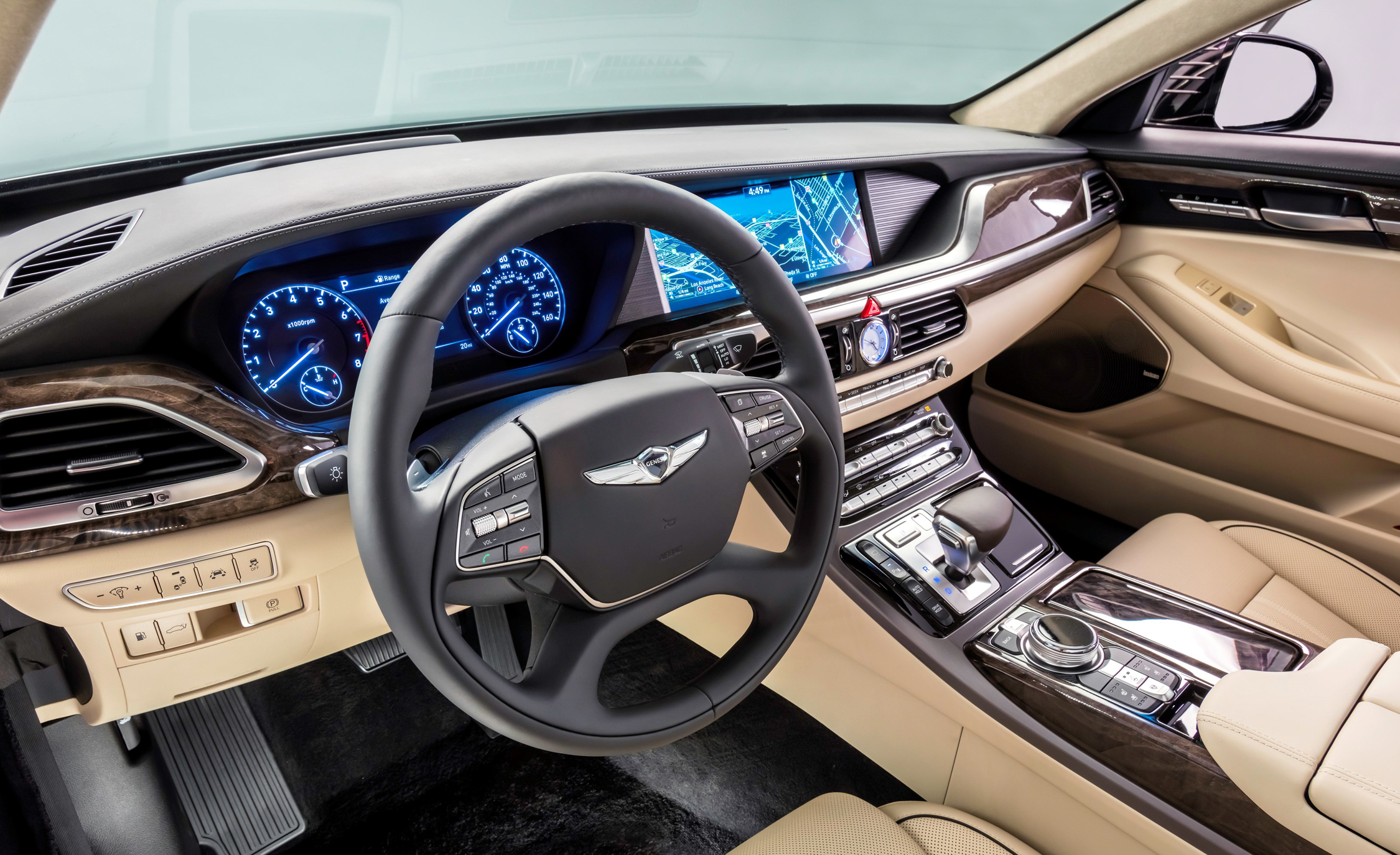 2017 Genesis G90 Interior Dashboard (Photo 11 of 19)
