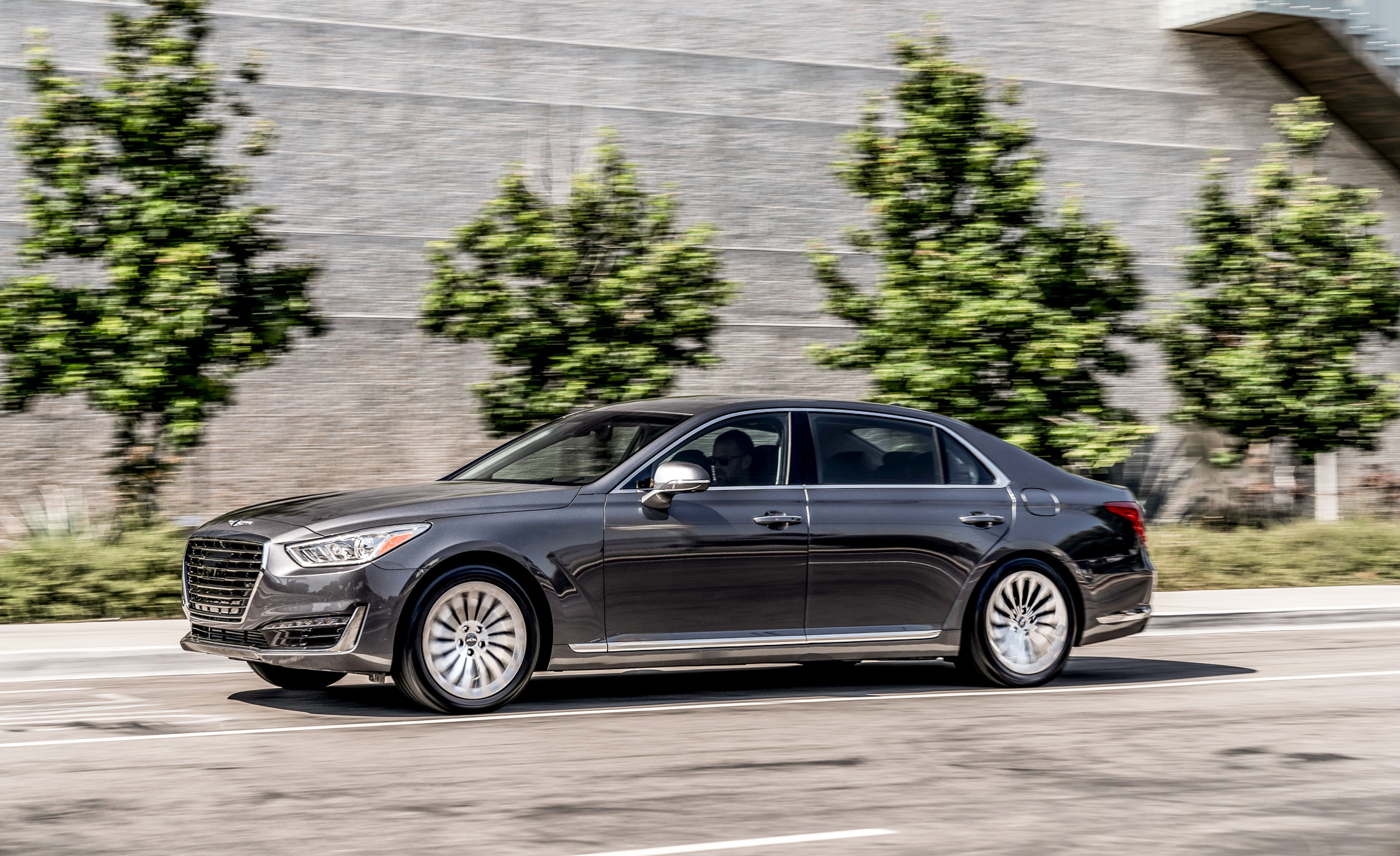 2017 Genesis G90 Test Drive Side View (Photo 17 of 19)