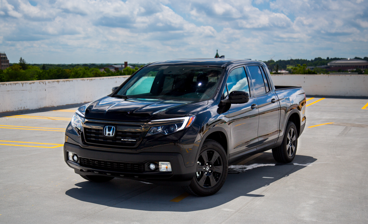 2017 Honda Ridgeline Black Edition Exterior (Photo 3 of 20)