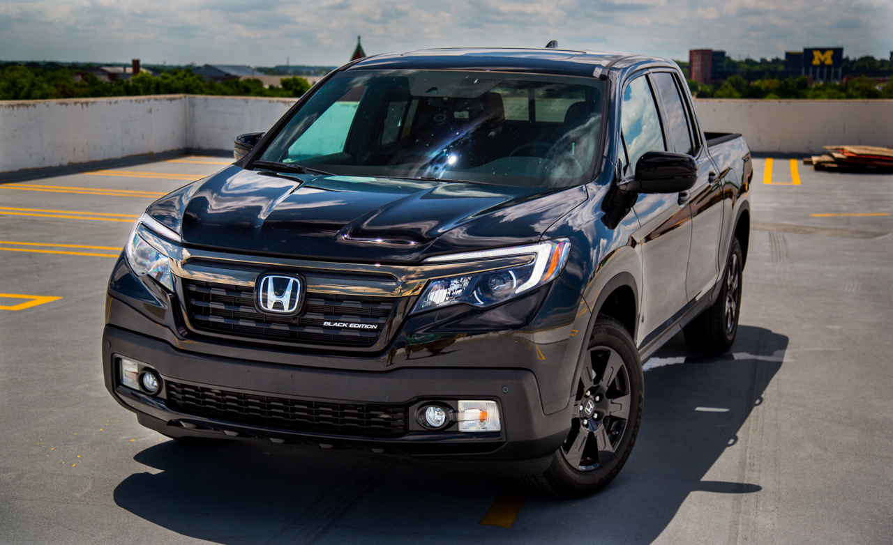 2017 Honda Ridgeline Black Edition (Photo 2 of 20)