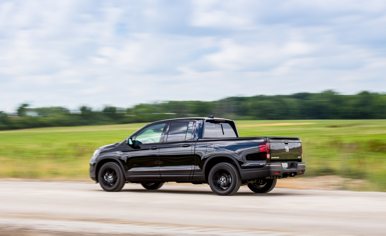 2017 Honda Ridgeline Test Drive Rear Side View (Photo 17 of 20)