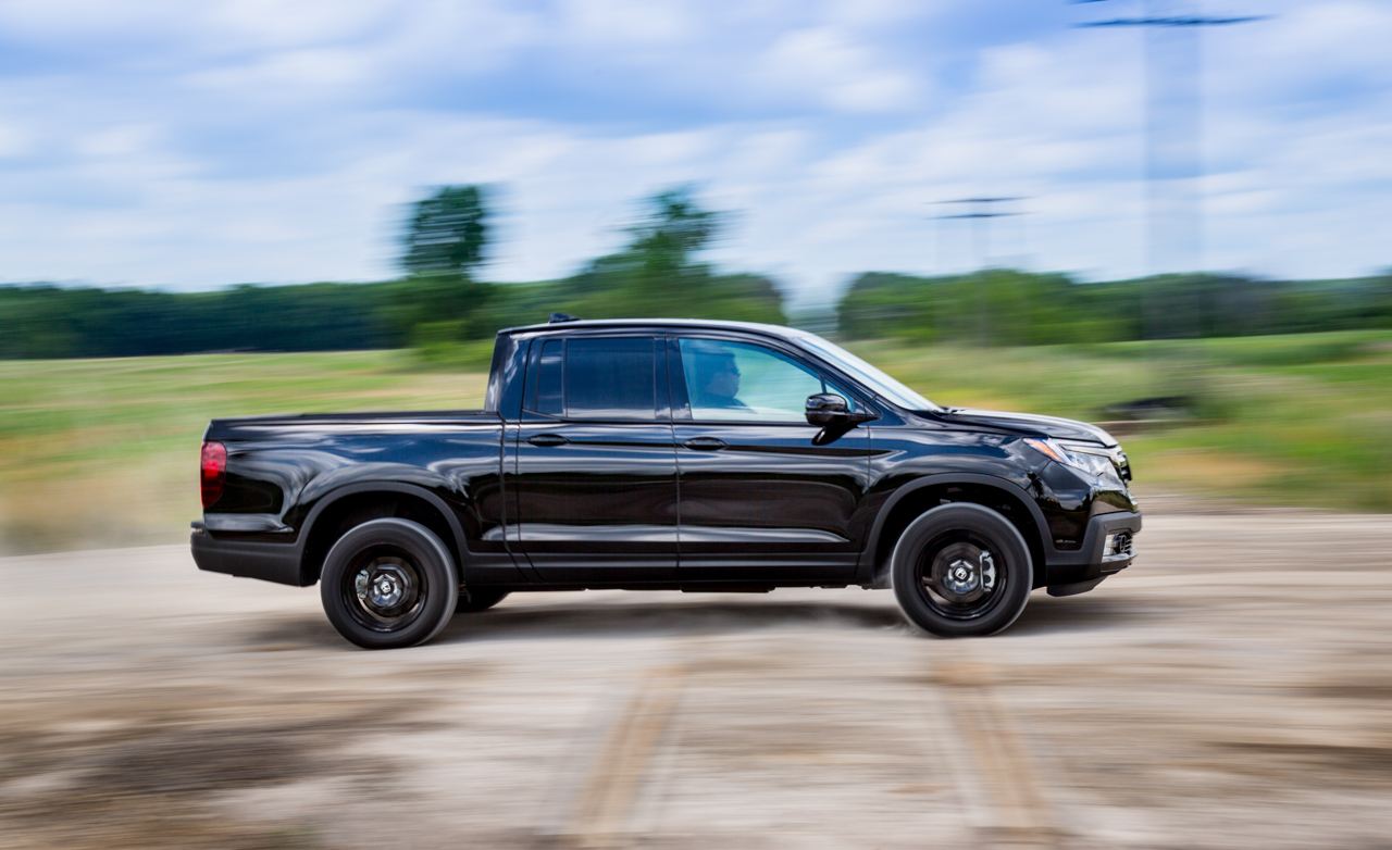 2017 Honda Ridgeline Test Drive Side Off Road (Photo 18 of 20)