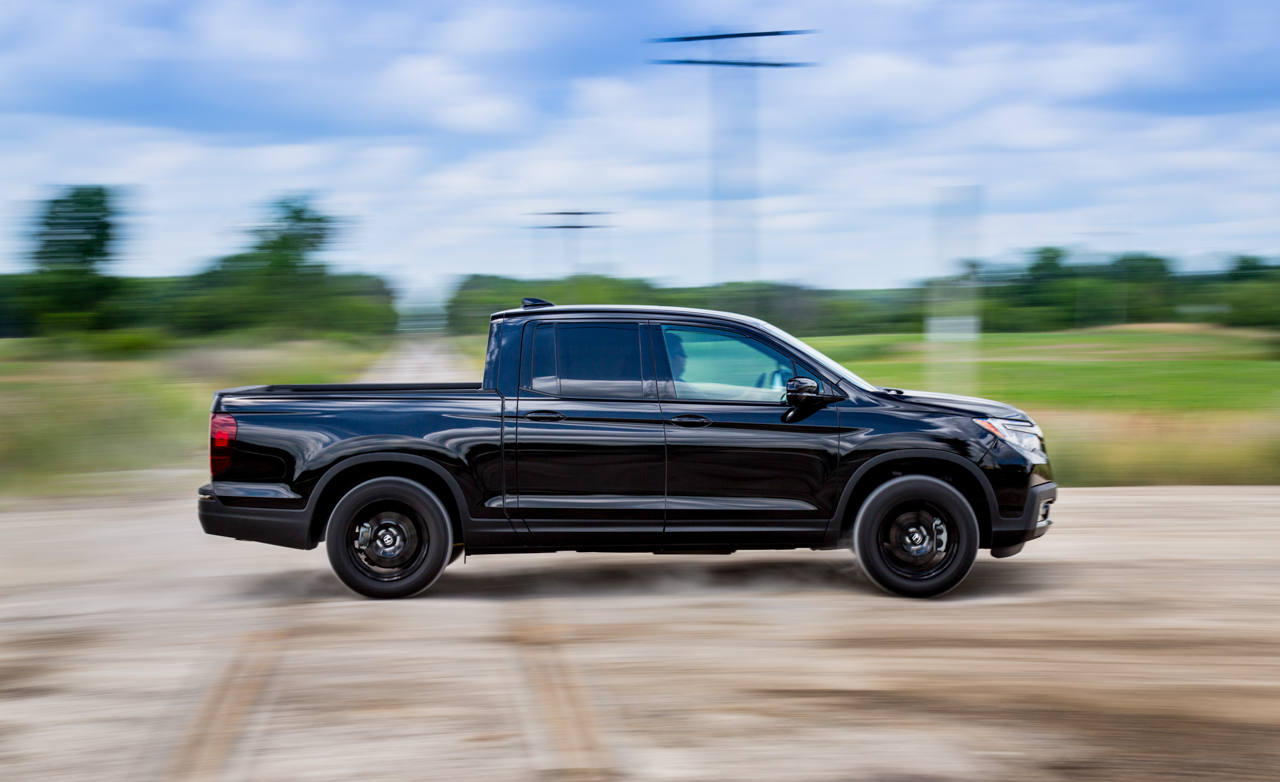 2017 Honda Ridgeline Test Drive Side Preview (Photo 19 of 20)