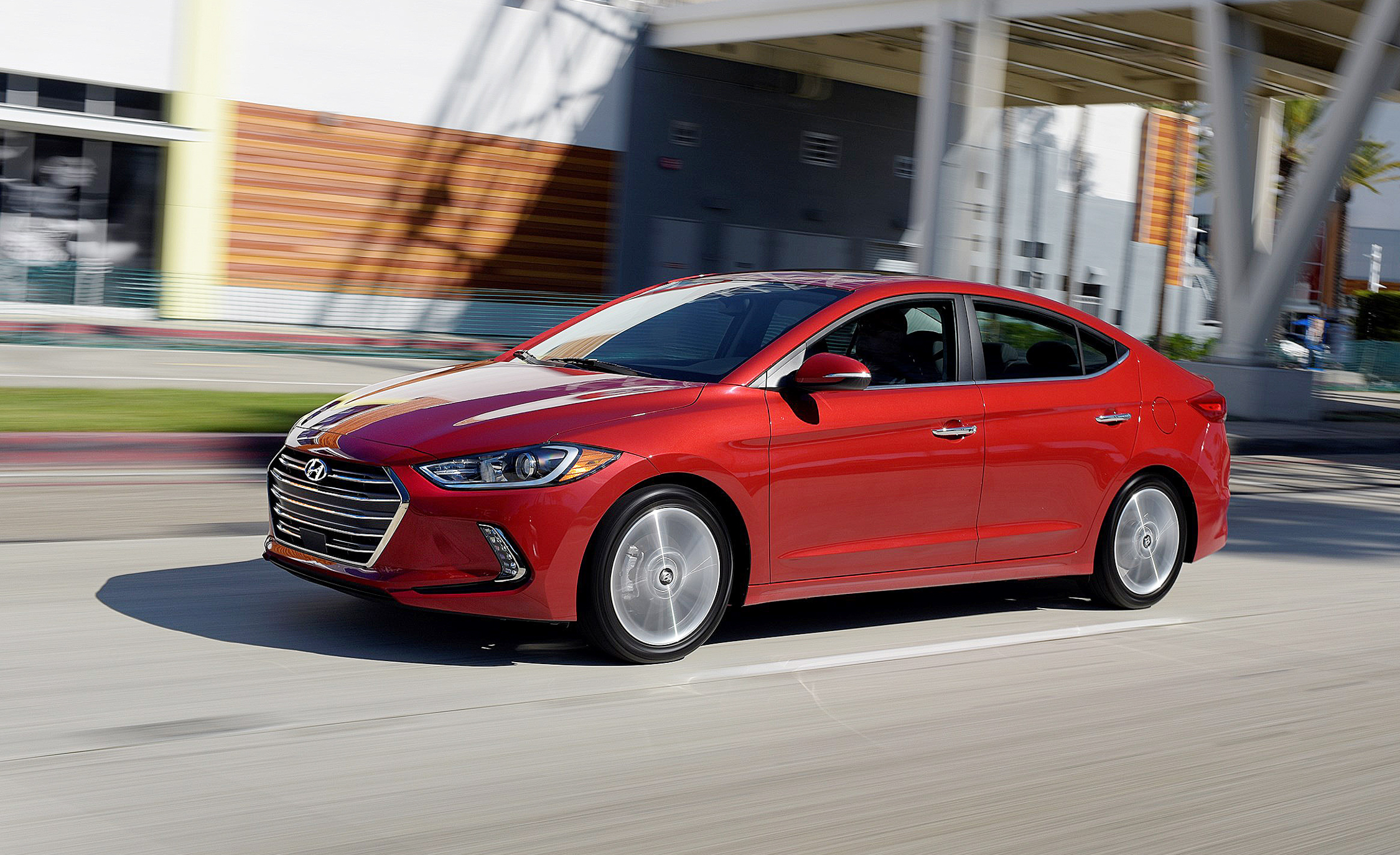 2017 Hyundai Elantra Limited (Photo 16 of 17)