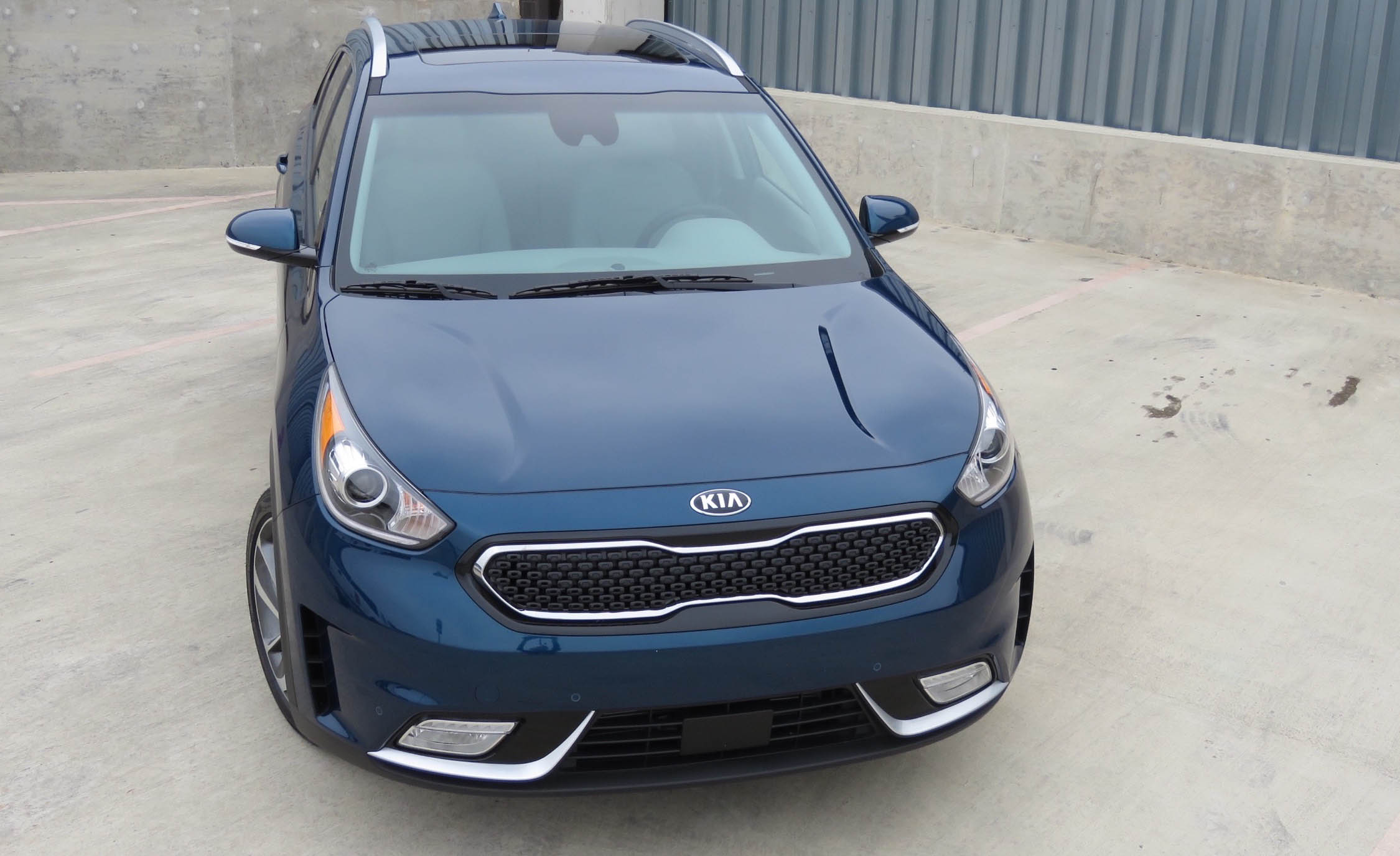 2017 Kia Niro (Photo 5 of 25)