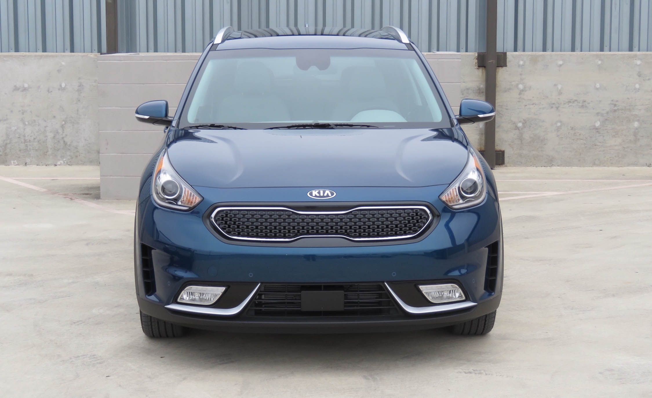 2017 Kia Niro (Photo 7 of 25)