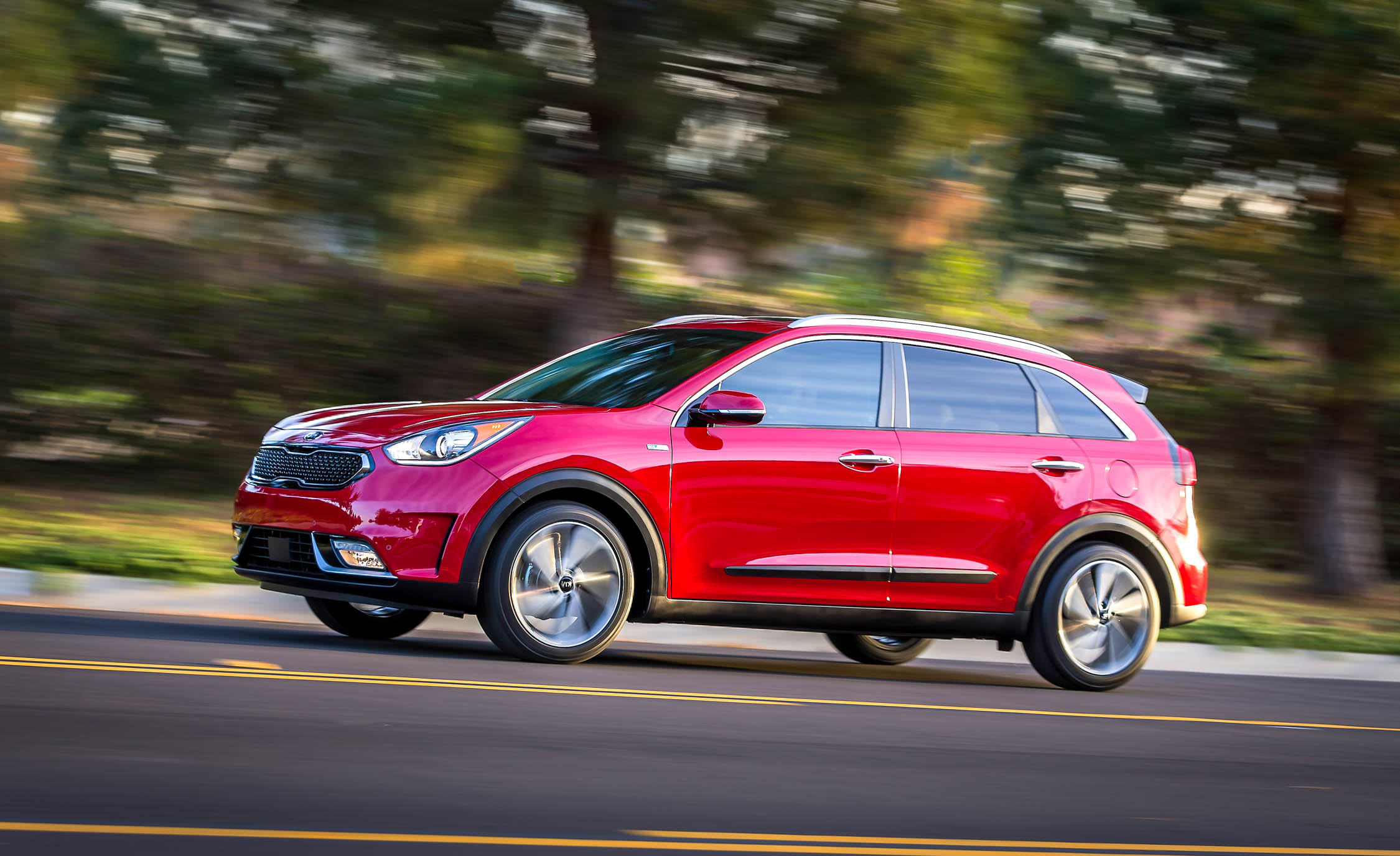 2017 Kia Niro (Photo 24 of 25)
