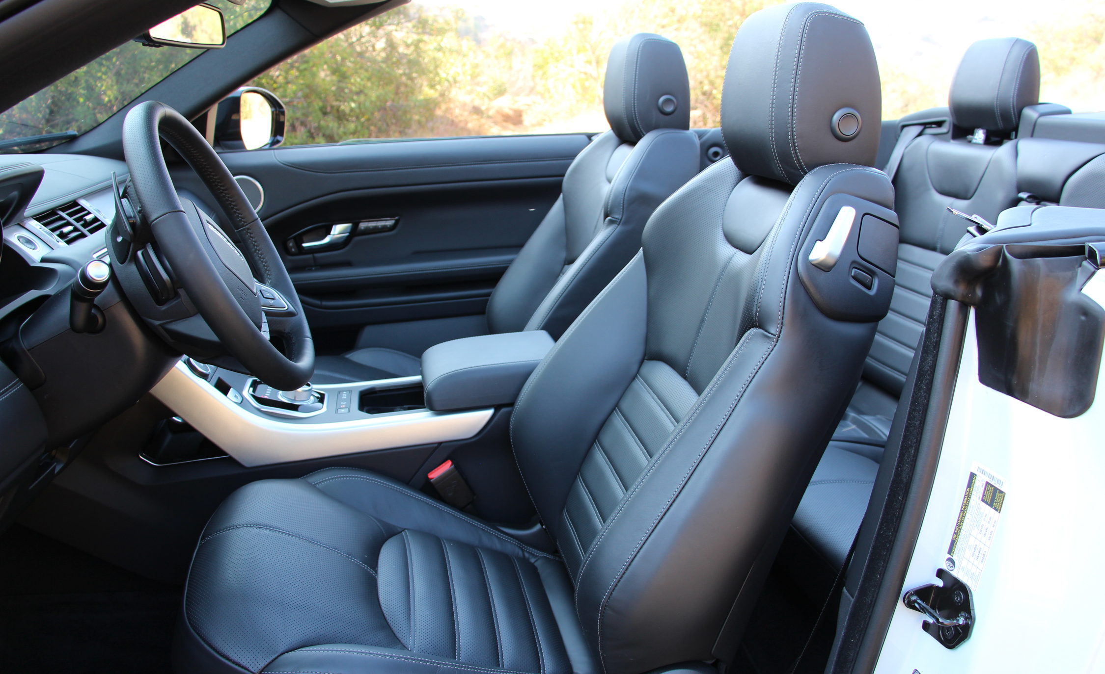 2017 Land Rover Range Rover Evoque Convertible Interior Seats Front (Photo 13 of 14)
