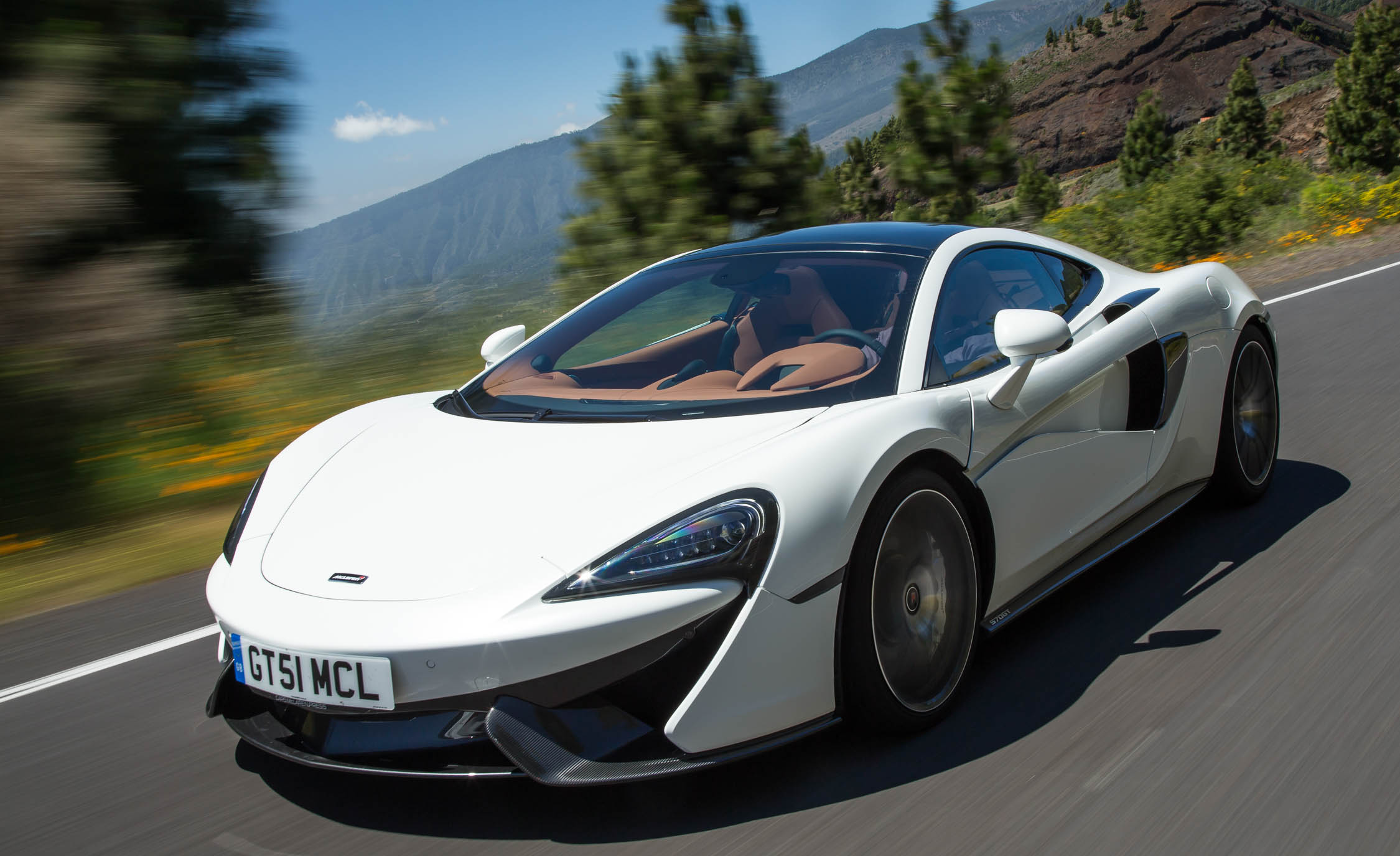 Featured Image of 2017 McLaren 570GT