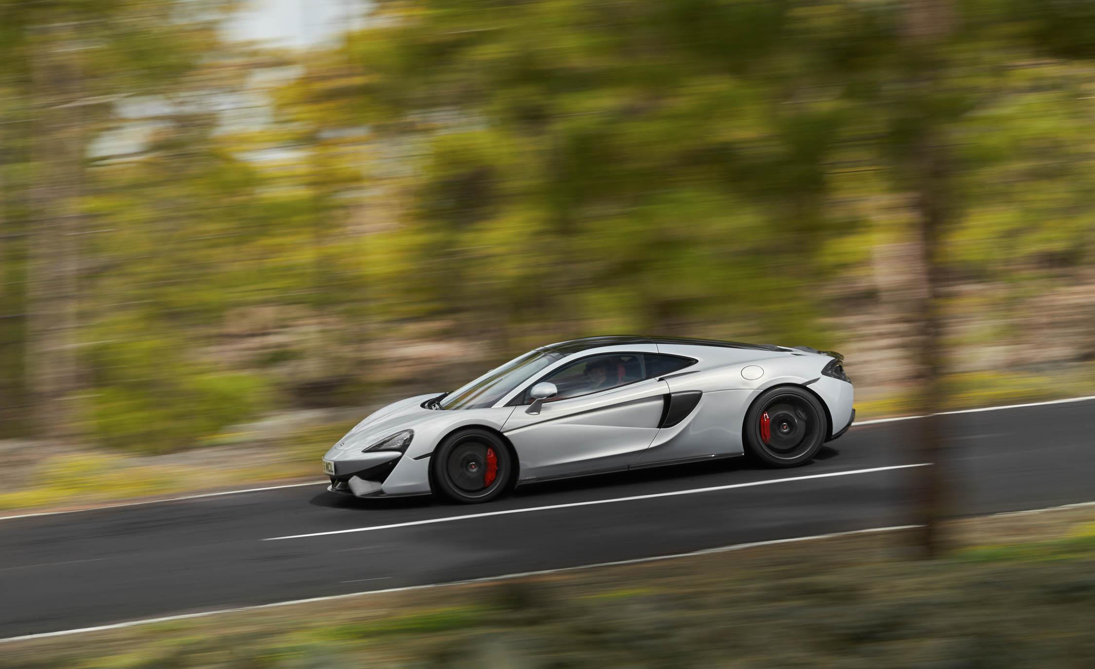 2017 McLaren 570GT (View 5 of 38)