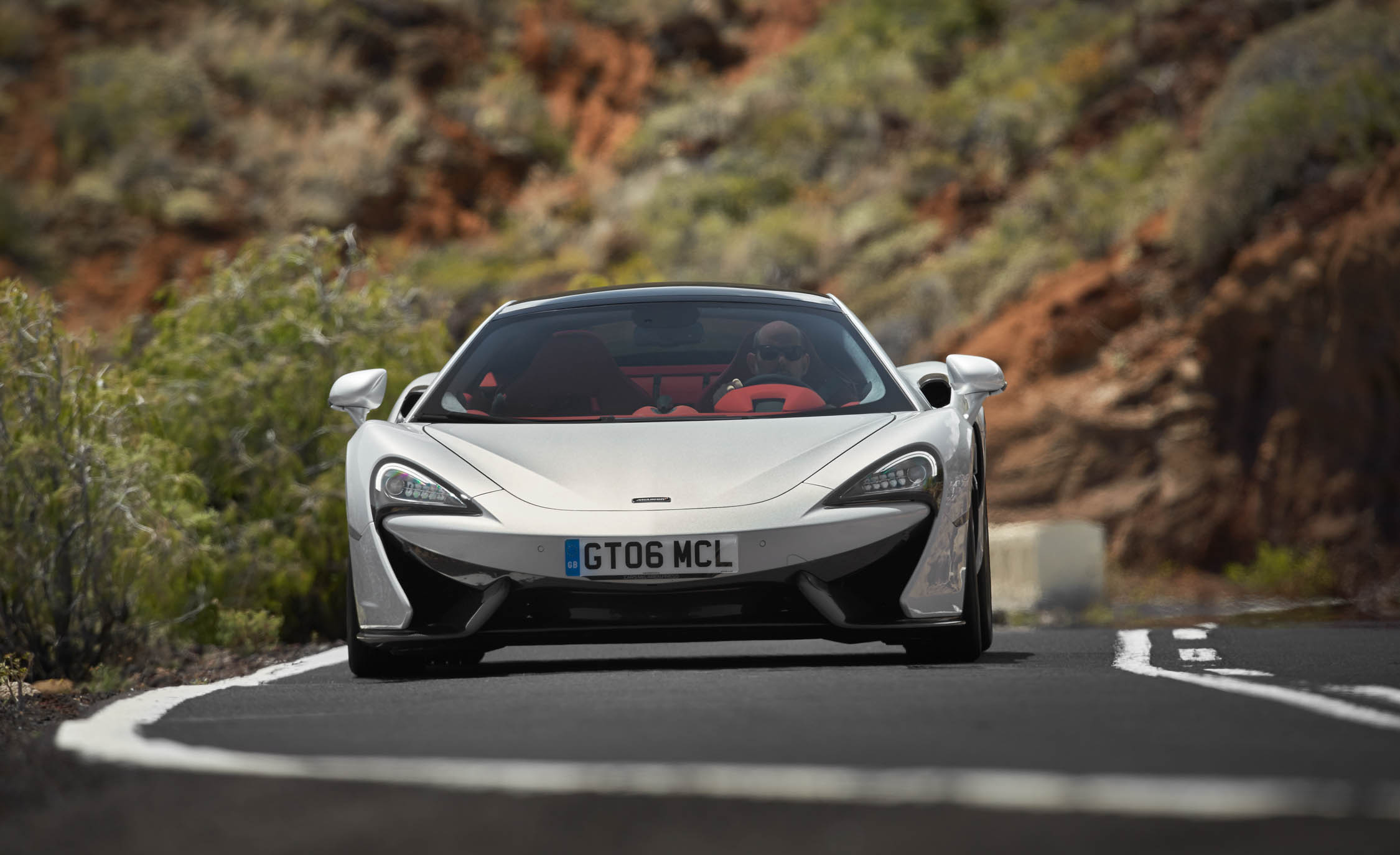 2017 McLaren 570GT (View 7 of 38)