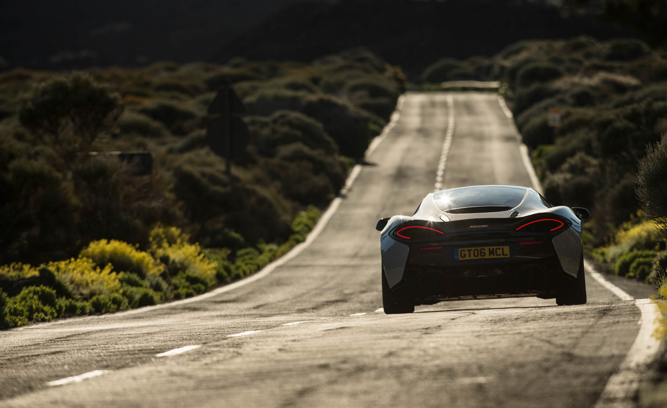 2017 McLaren 570GT (View 10 of 38)
