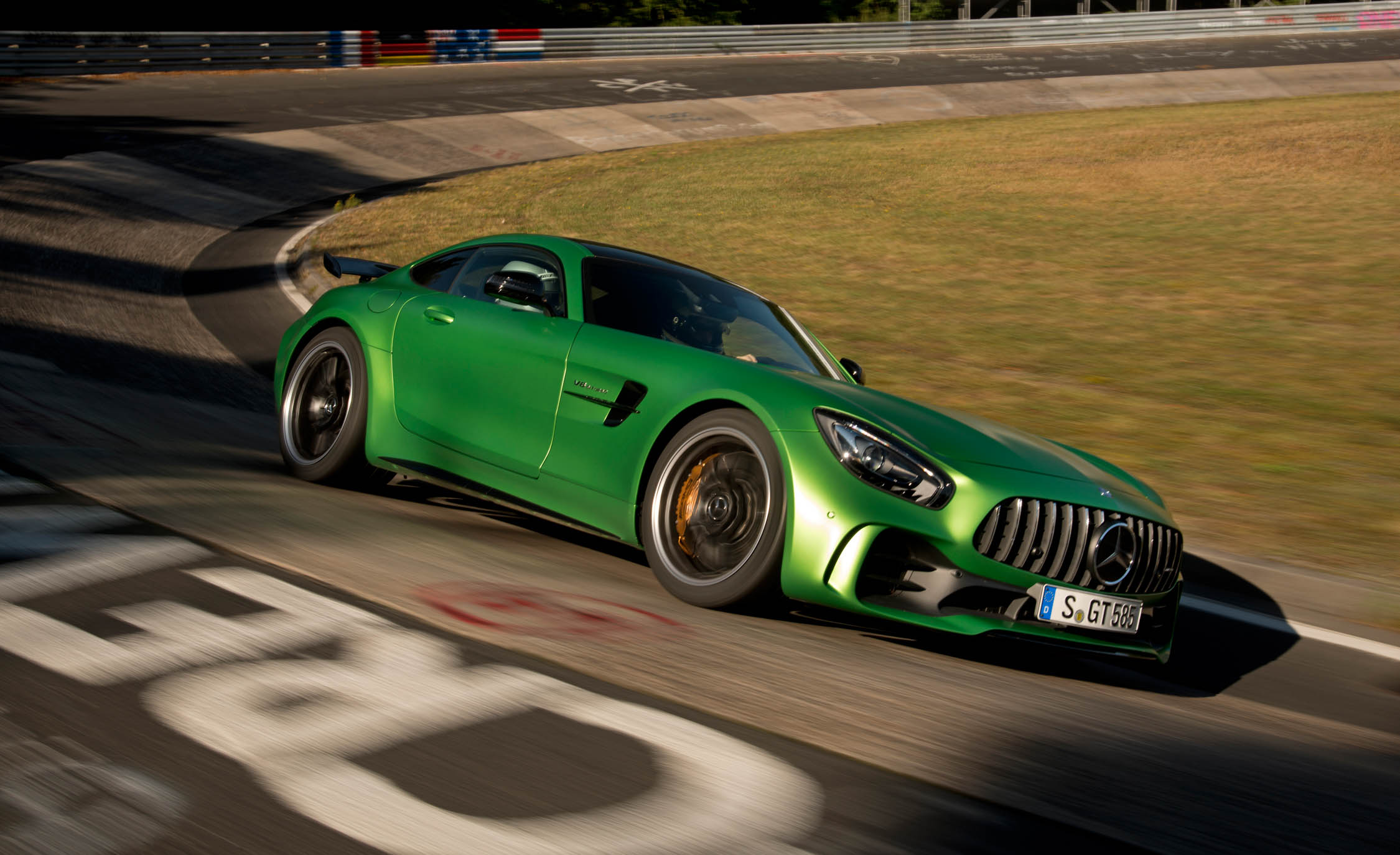2017 Mercedes Amg Gt R Curcuit Test Performance (Photo 5 of 22)