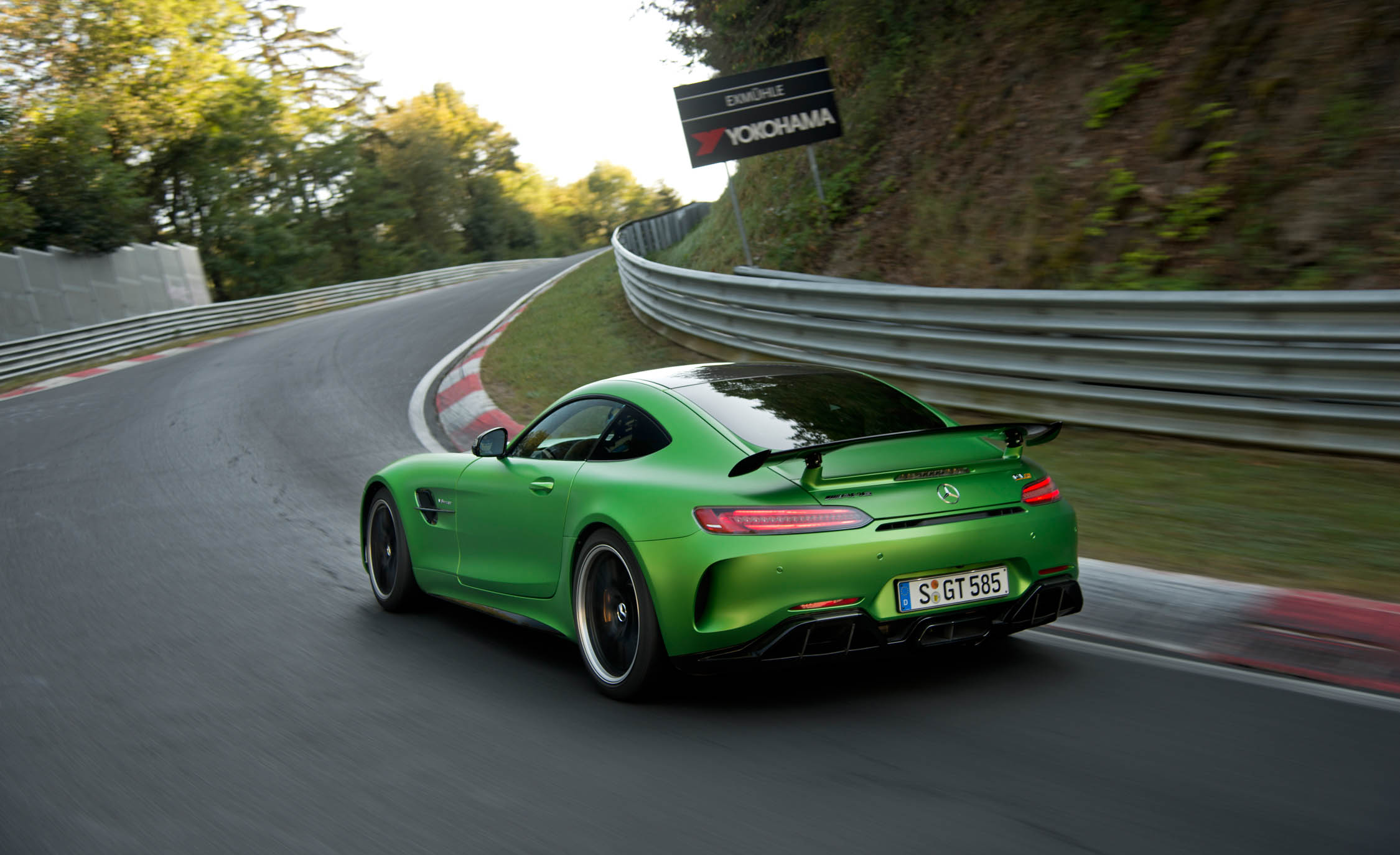 2017 Mercedes Amg Gt R Curcuit Test Rear Preview (View 21 of 22)