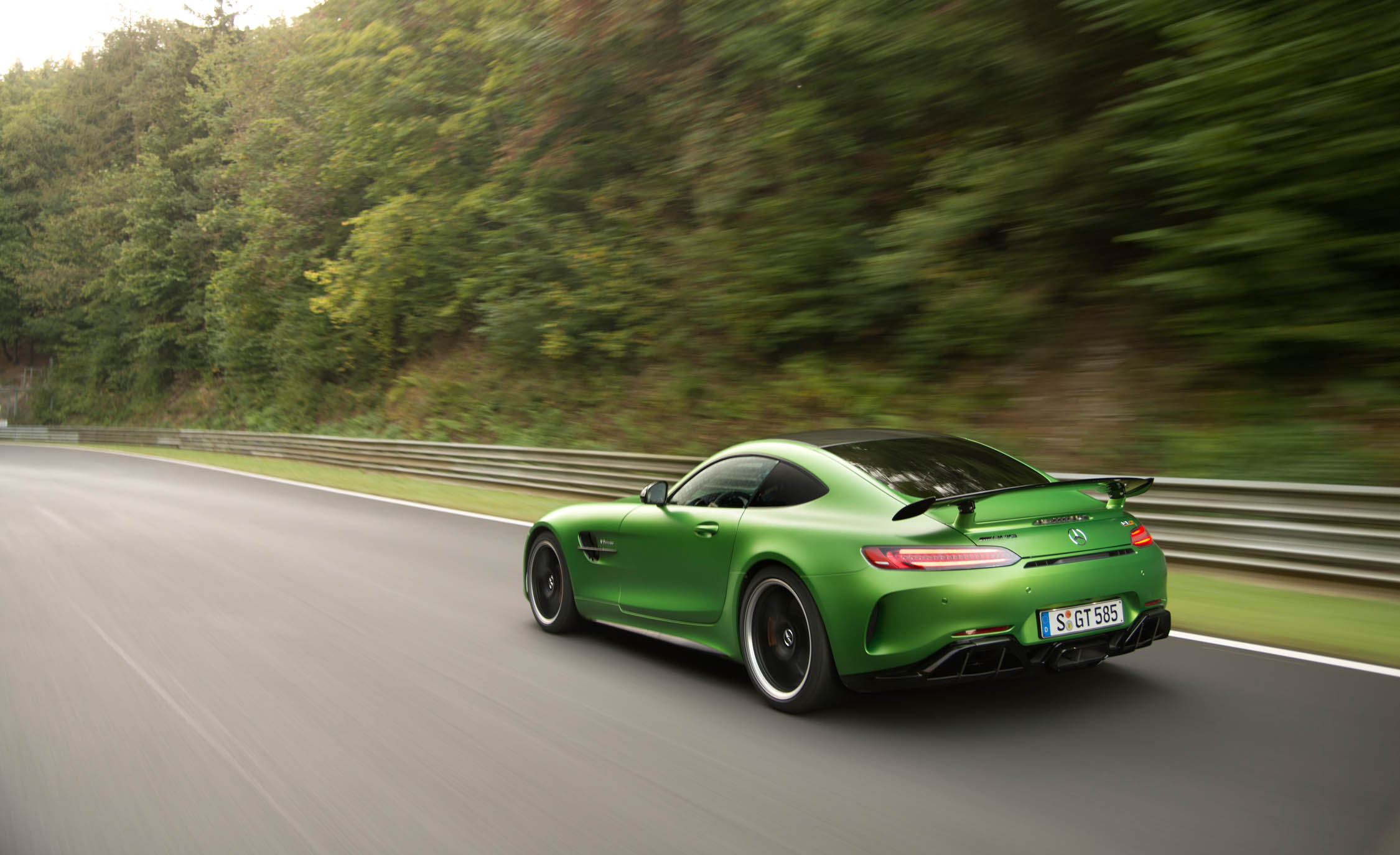 2017 Mercedes Amg Gt R Curcuit Test Side View (View 13 of 22)