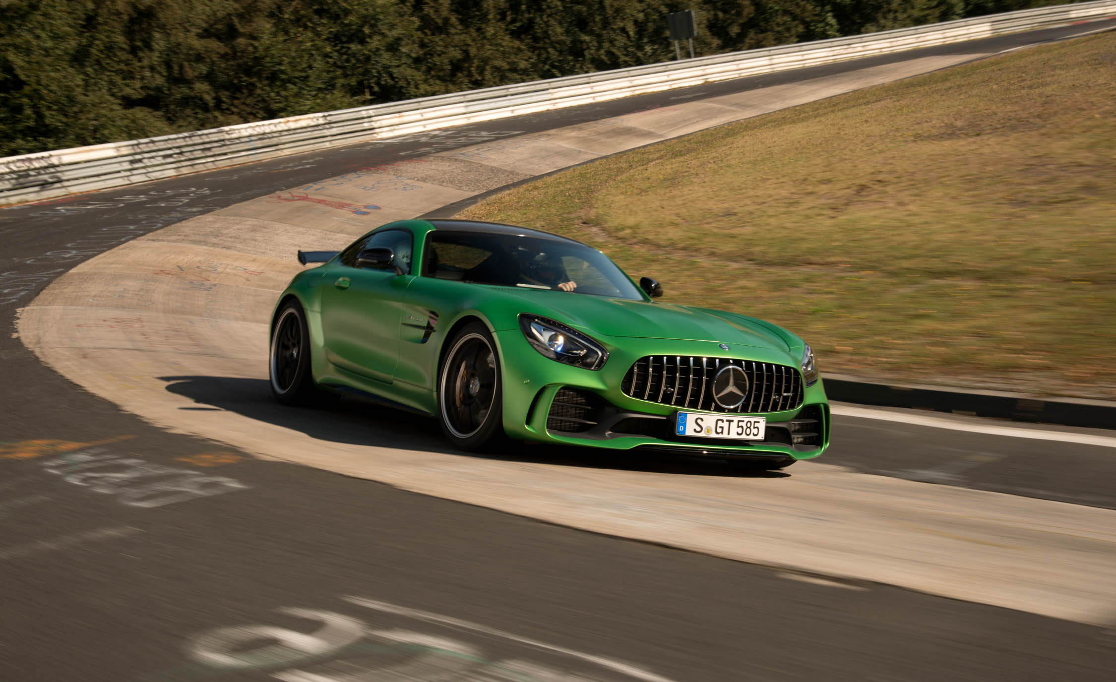 2017 Mercedes Amg Gt R Curcuit Test (View 14 of 22)