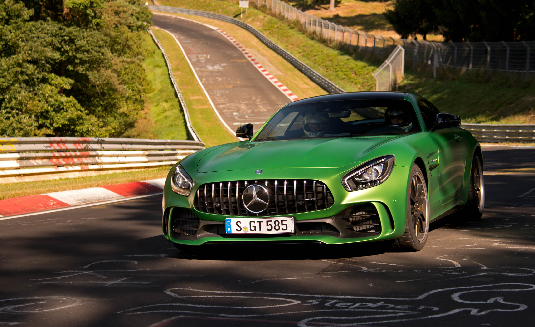 2017 Mercedes Amg Gt R Exterior Front And Side (View 15 of 22)