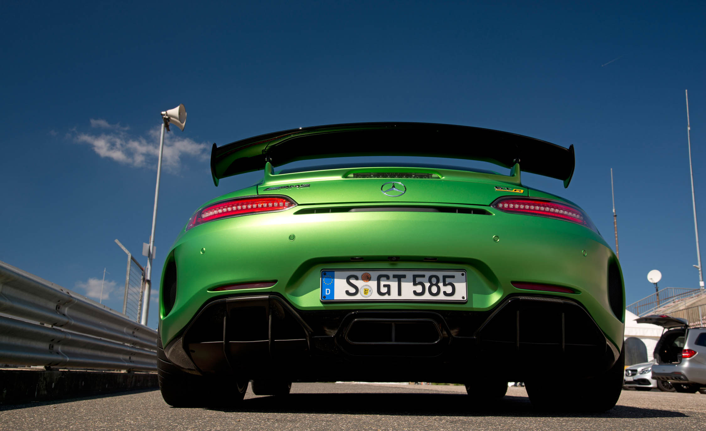 2017 Mercedes Amg Gt R Exterior Rear End (Photo 13 of 22)