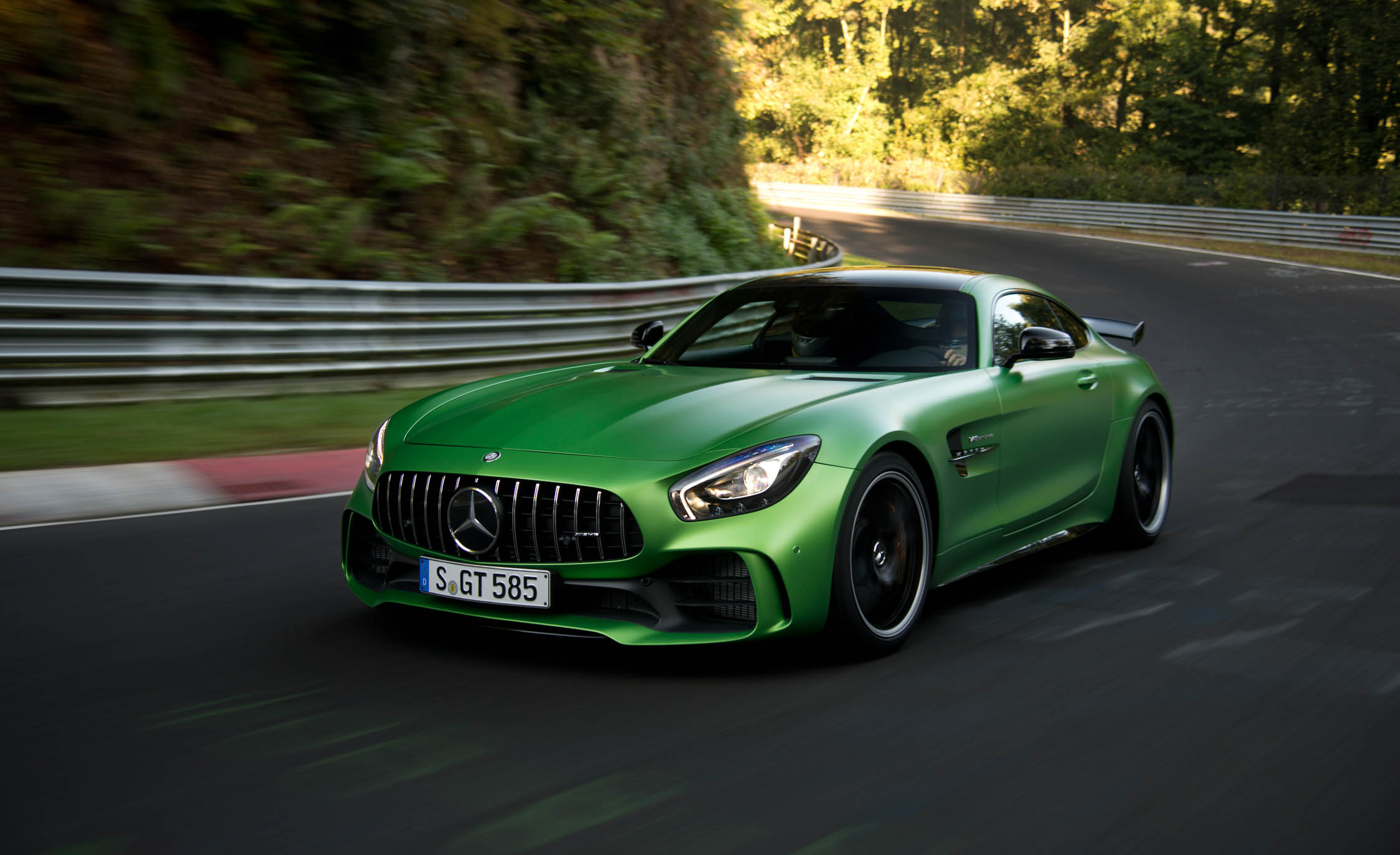 2017 Mercedes Amg Gt R Performance (Photo 17 of 22)
