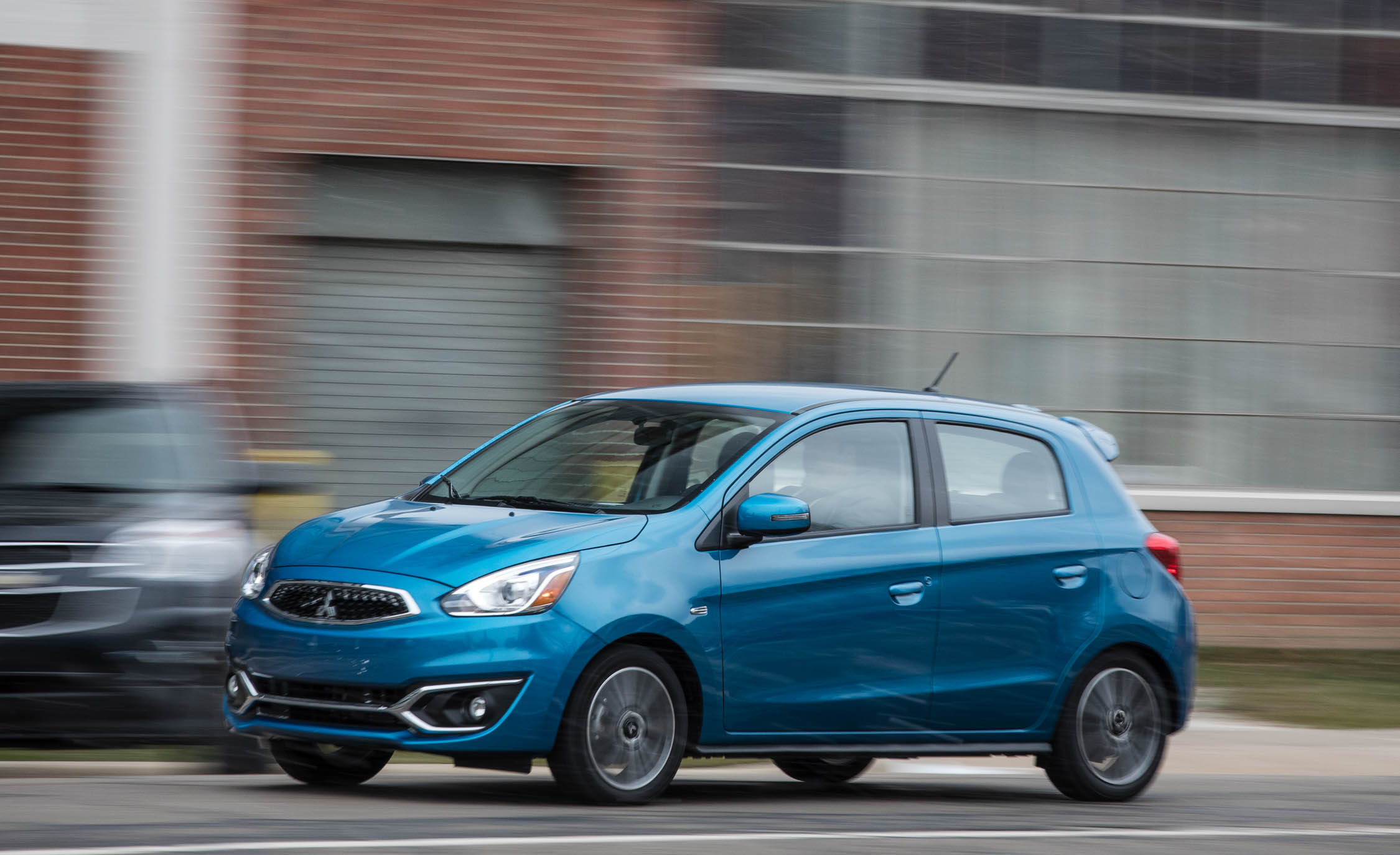 2017 Mitsubishi Mirage GT (View 5 of 21)