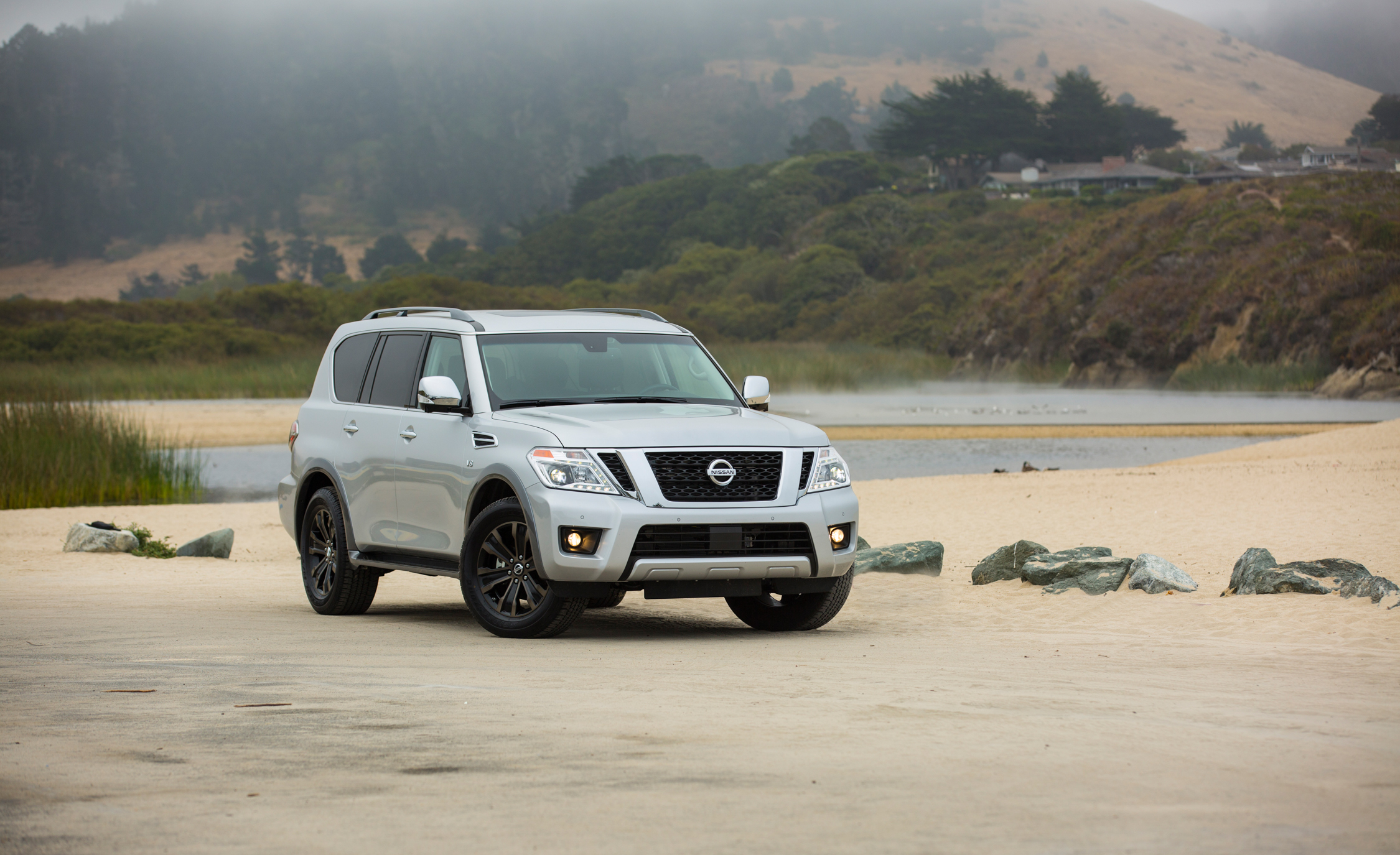 2017 Nissan Armada (View 10 of 27)