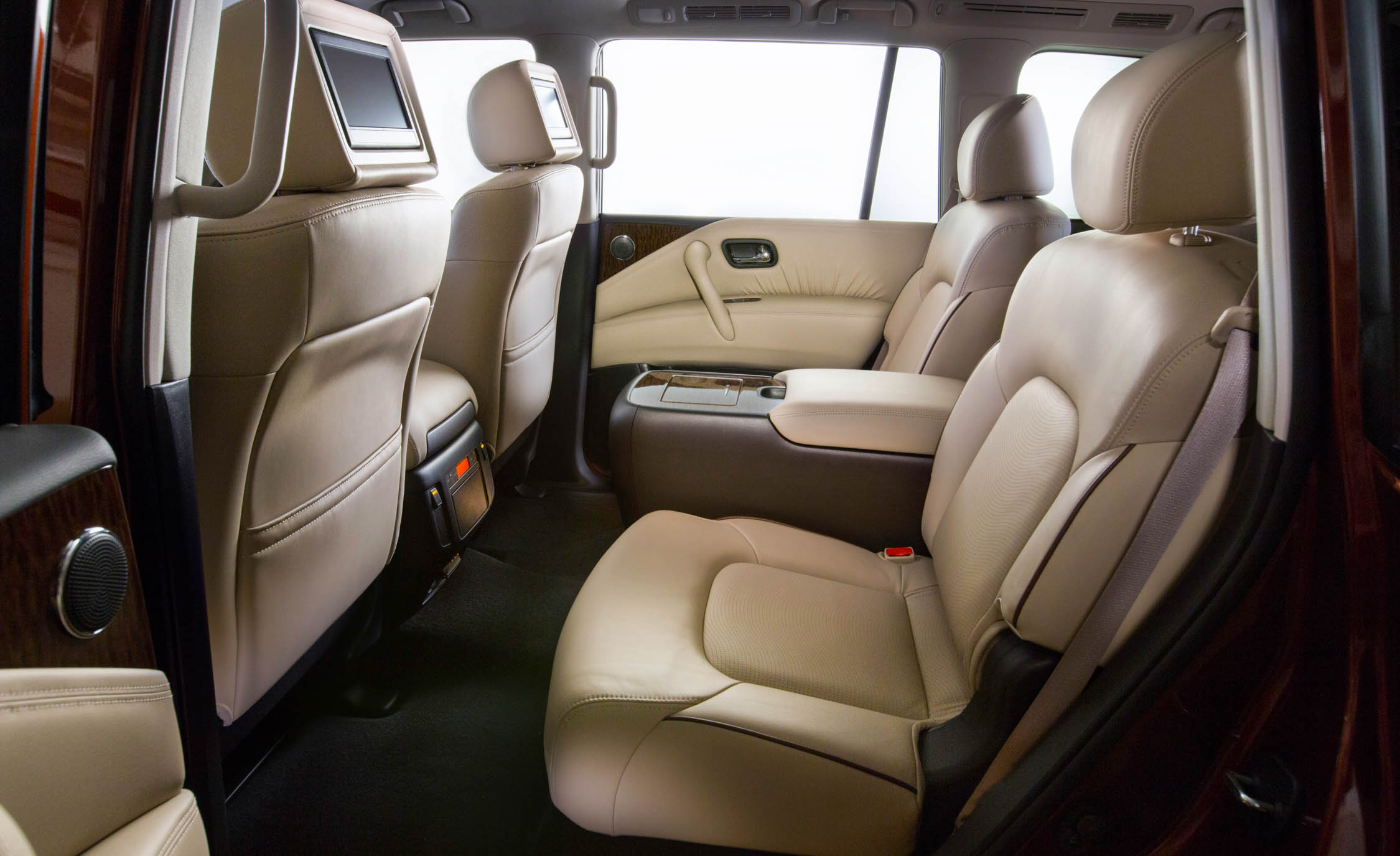 2017 Nissan Armada (View 27 of 27)