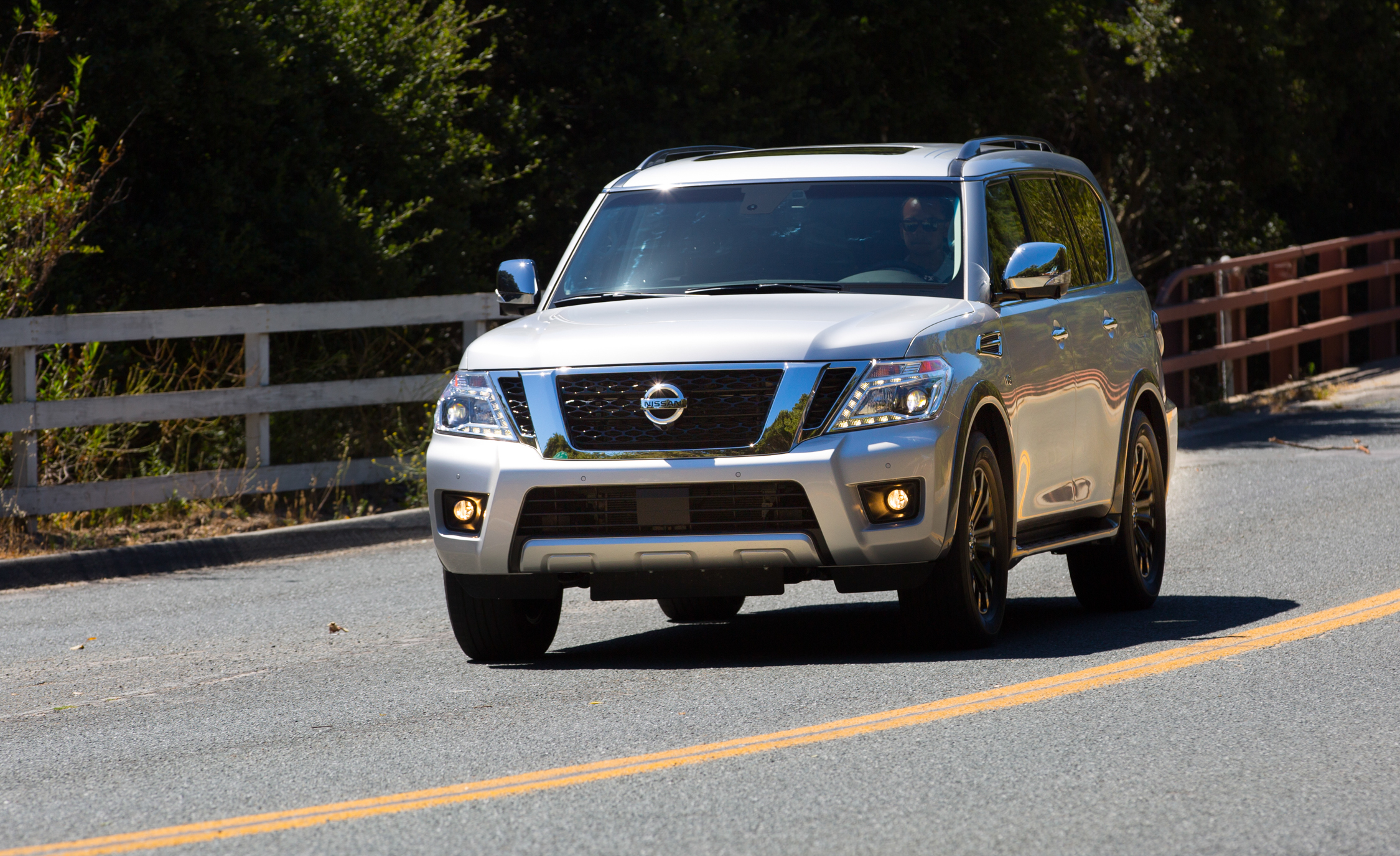 2017 Nissan Armada (View 20 of 27)