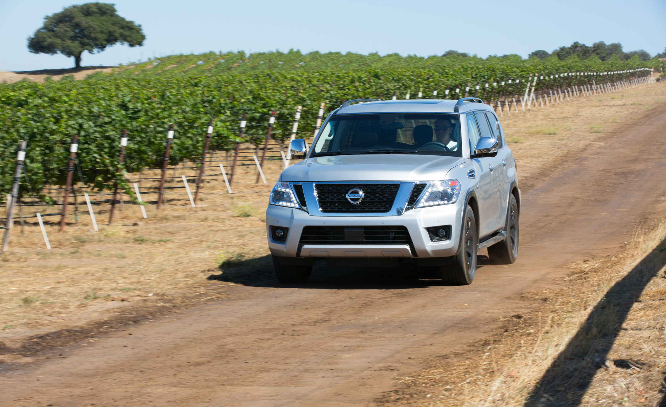 2017 Nissan Armada (View 17 of 27)