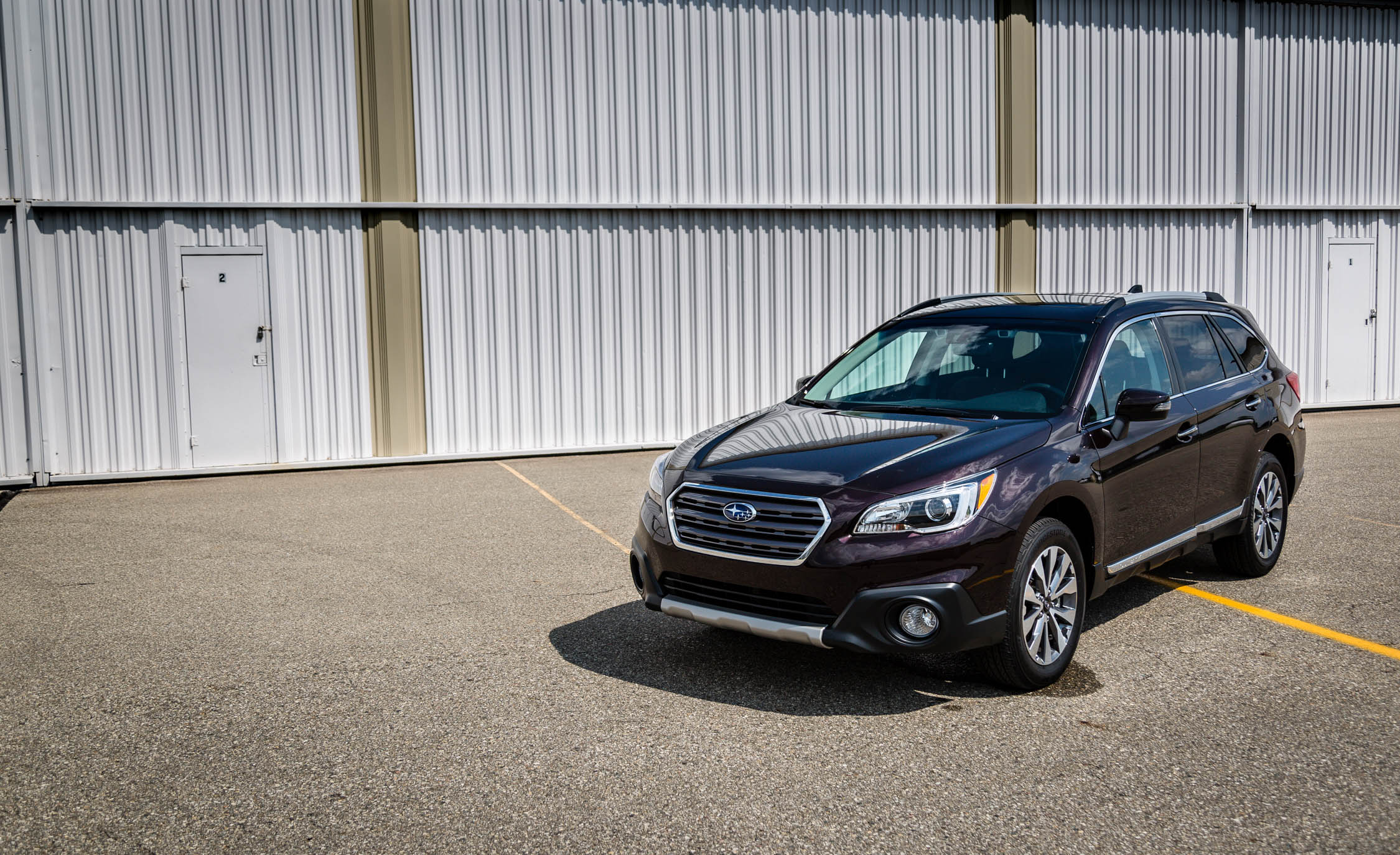 2017 Subaru Outback (View 2 of 13)