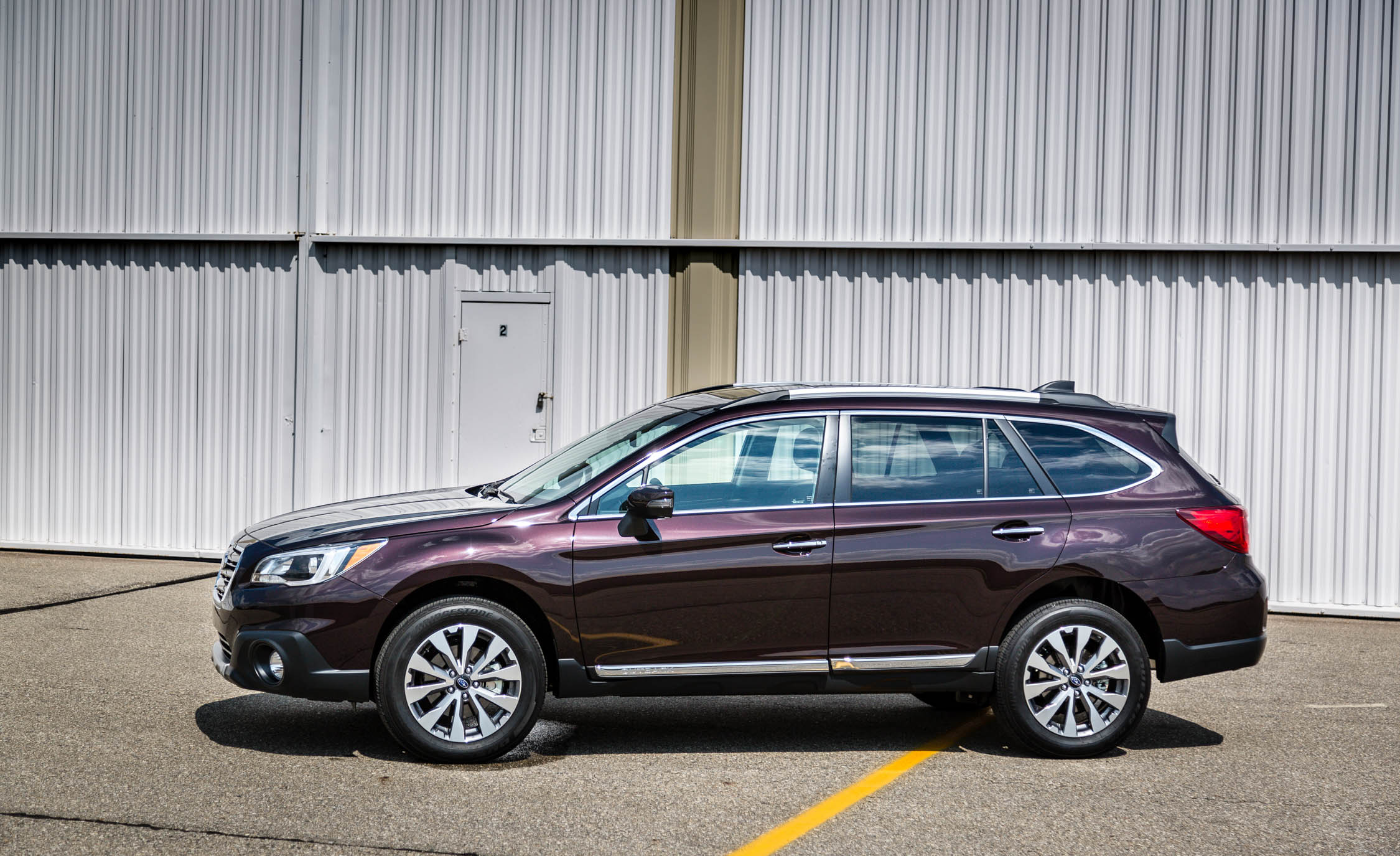2017 Subaru Outback (View 3 of 13)