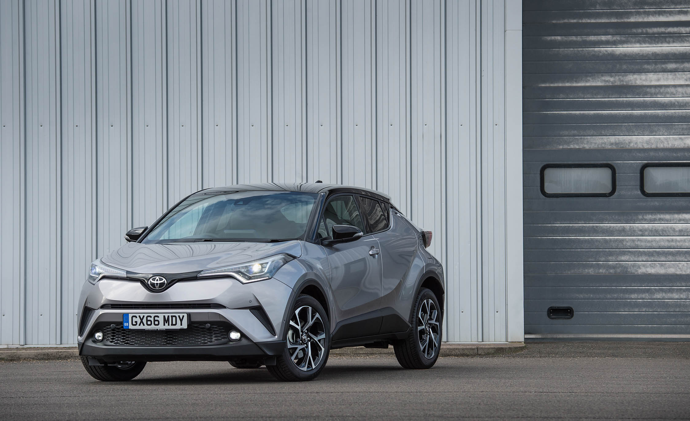 2017 Toyota C HR (Euro Spec) (View 12 of 31)