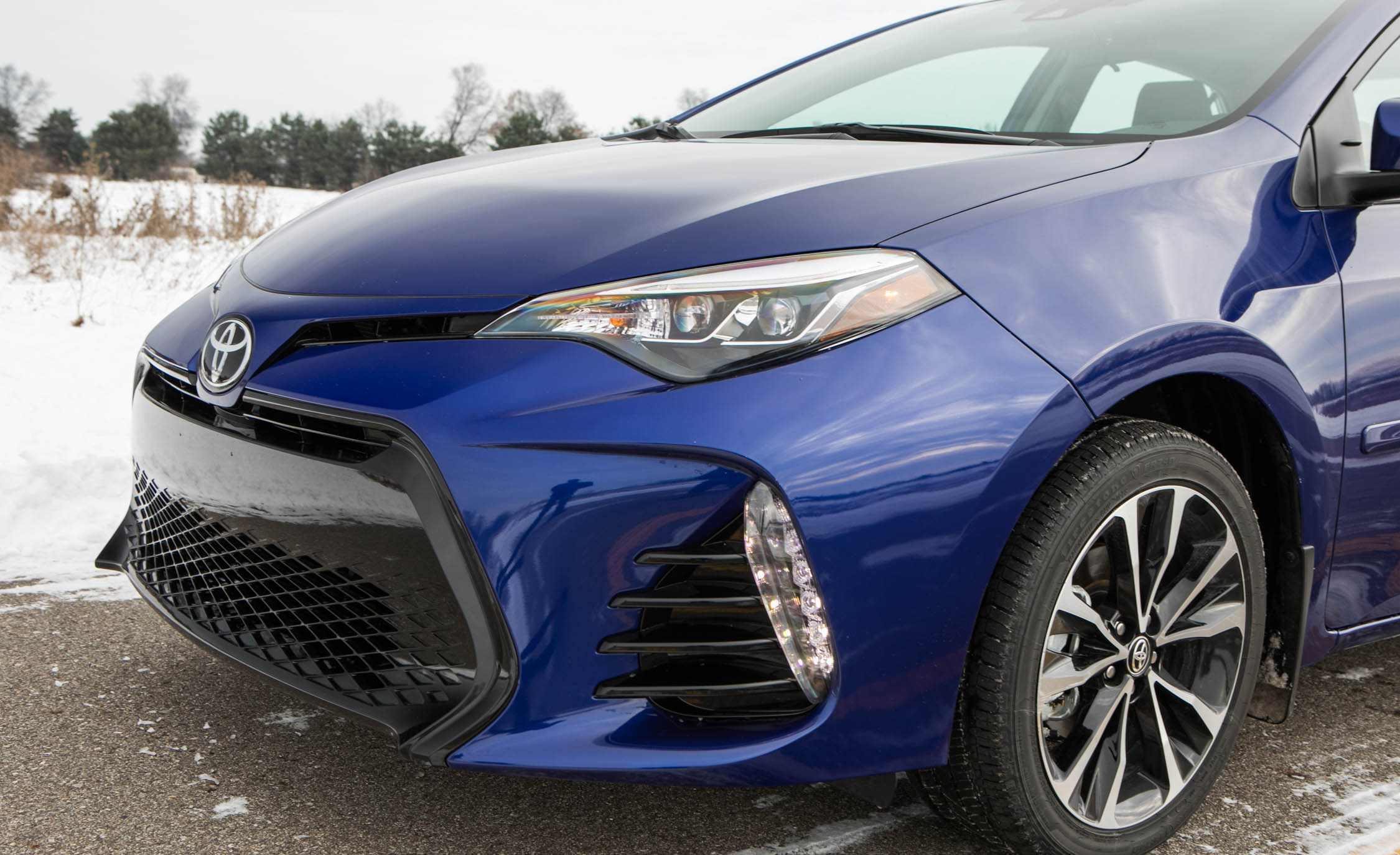 2017 Toyota Corolla XSE Exterior View Grille And Bumper (View 64 of 75)