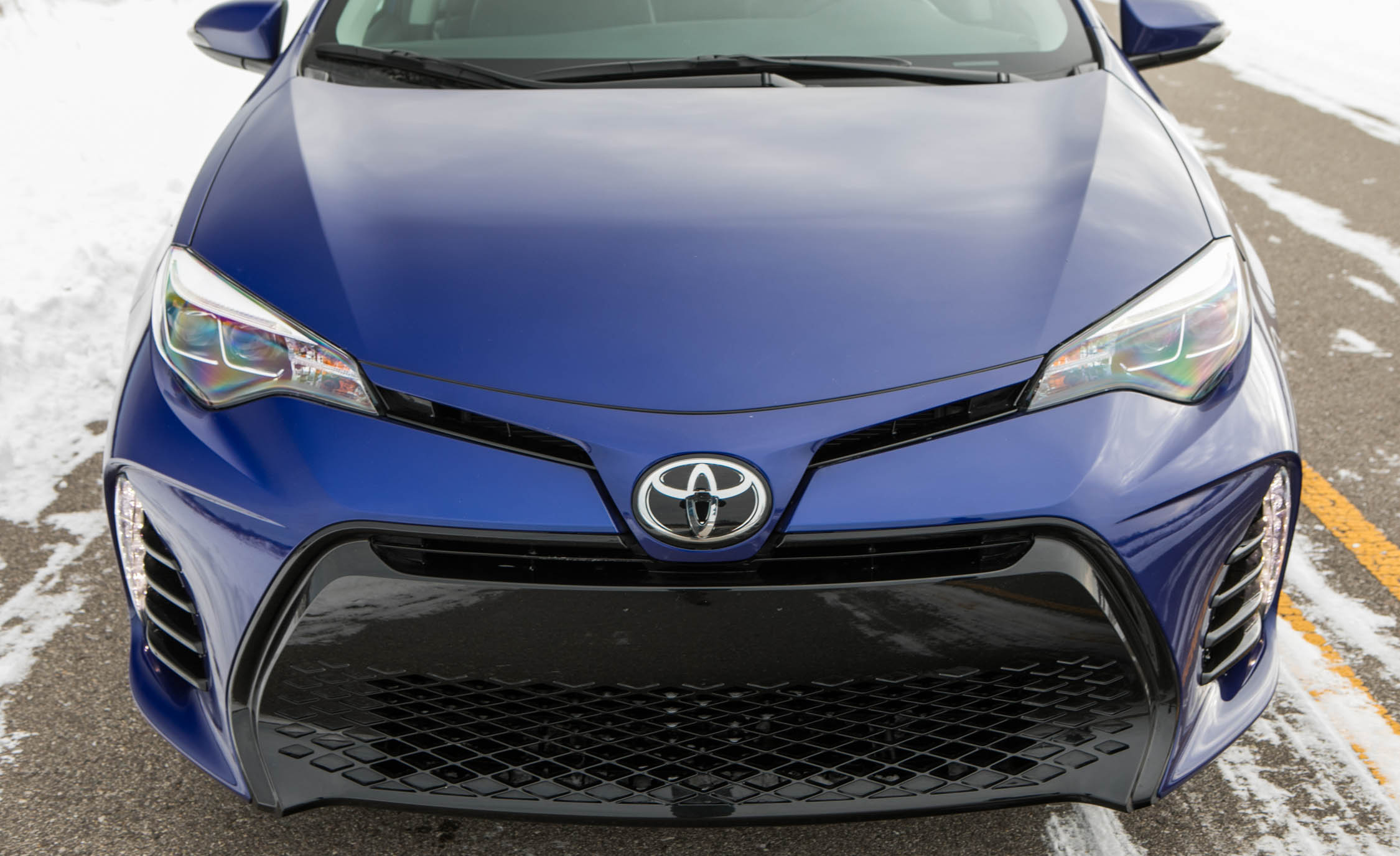 2017 Toyota Corolla XSE Exterior View Grille (Photo 43 of 75)