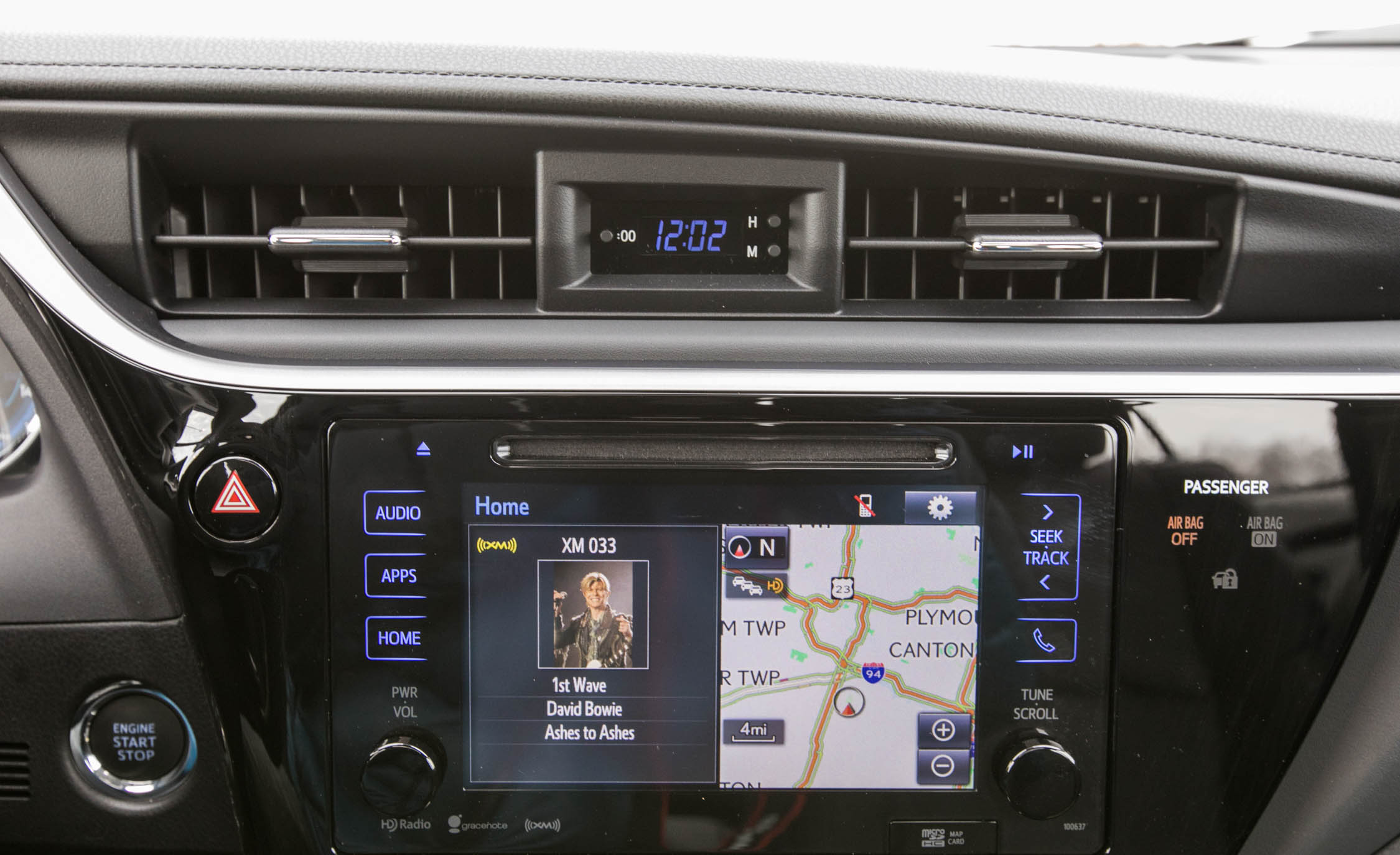 2017 Toyota Corolla XSE Interior View Headunit And Clock (View 47 of 75)